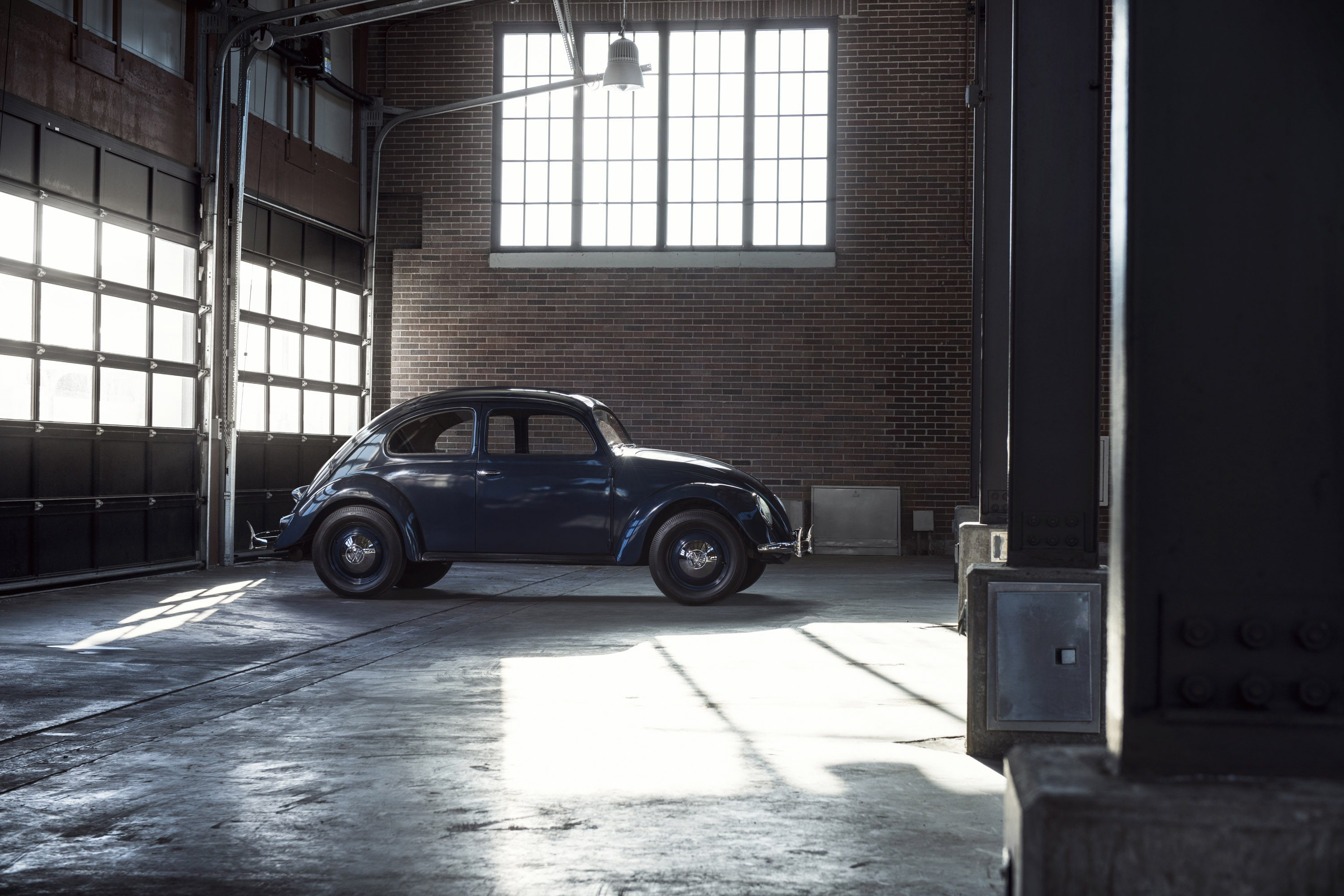 Volkswagen beetle marks 65 years in the united states - Garage volkswagen creteil ...