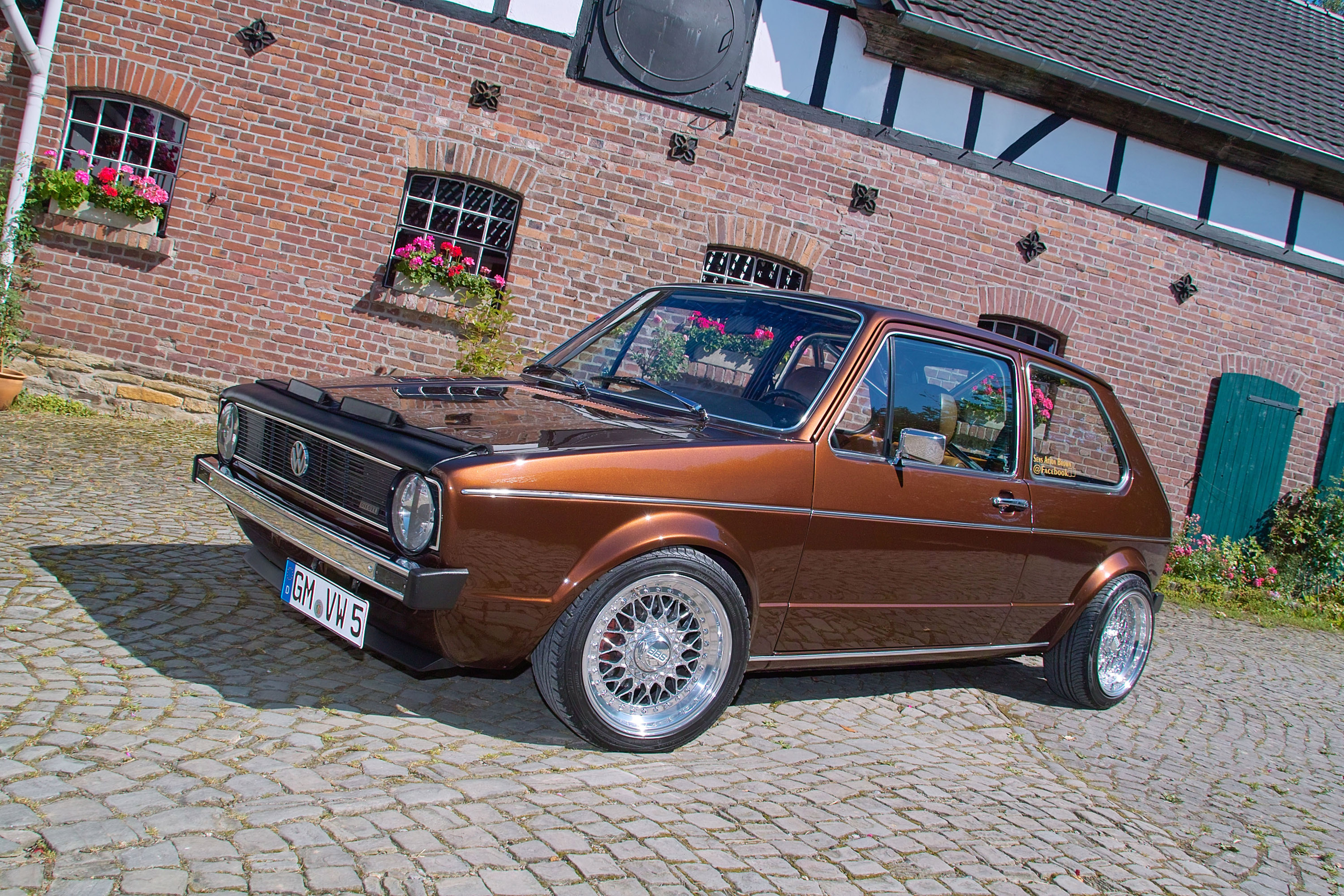 volkswagen golf  chocolate brown  car   special kind