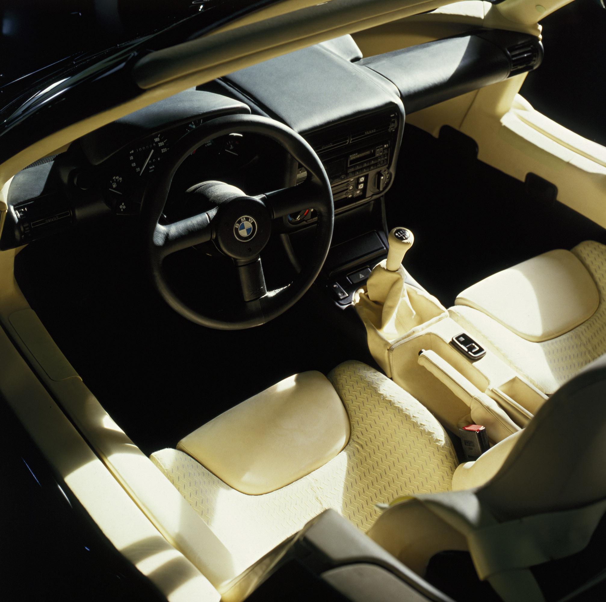 Bmw Z1 Price: 2014 Fiat 500L Trekking Gets Moparized