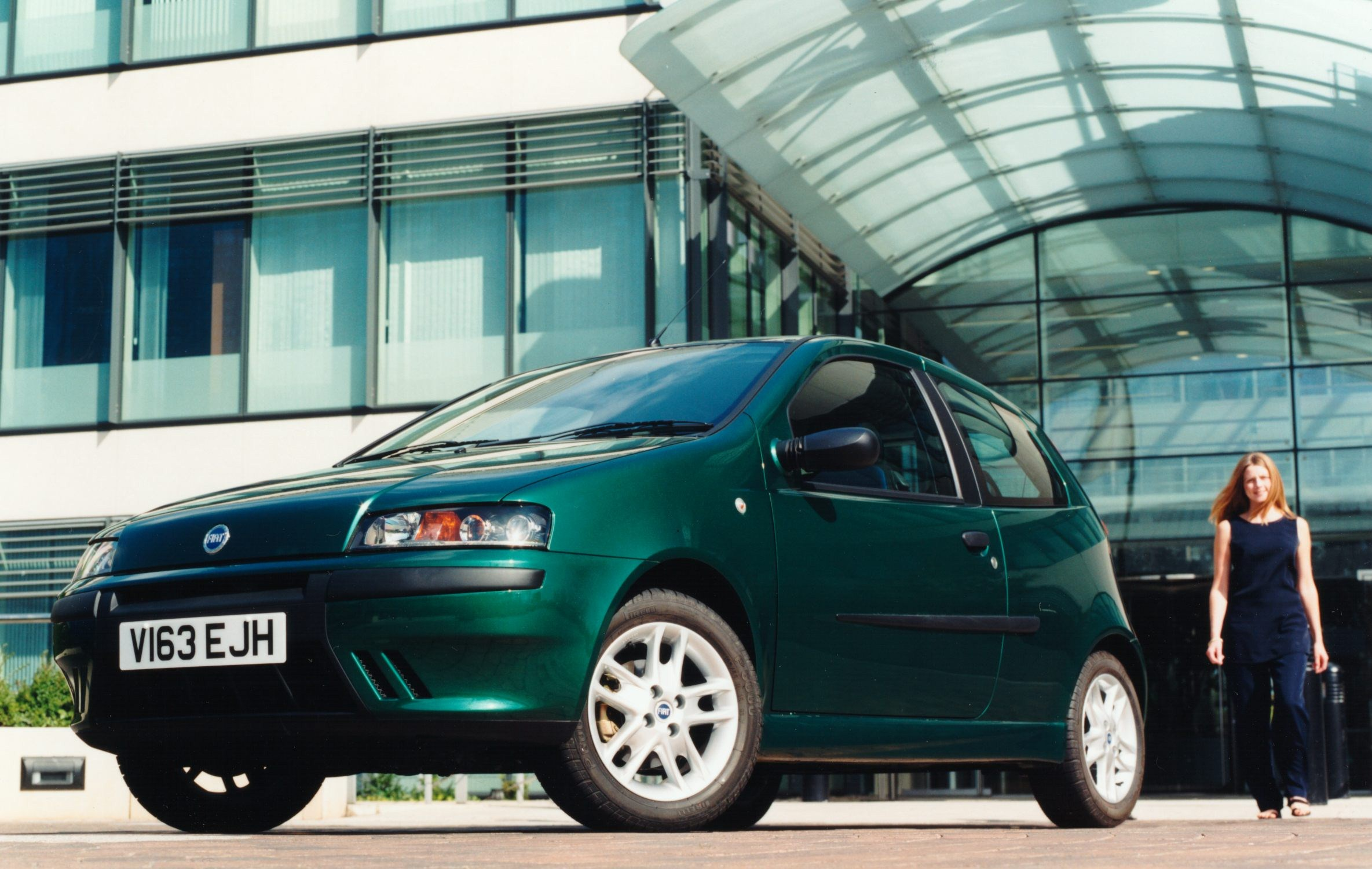 Car Pictures → Fiat → 1999 Fiat Punto Sporting