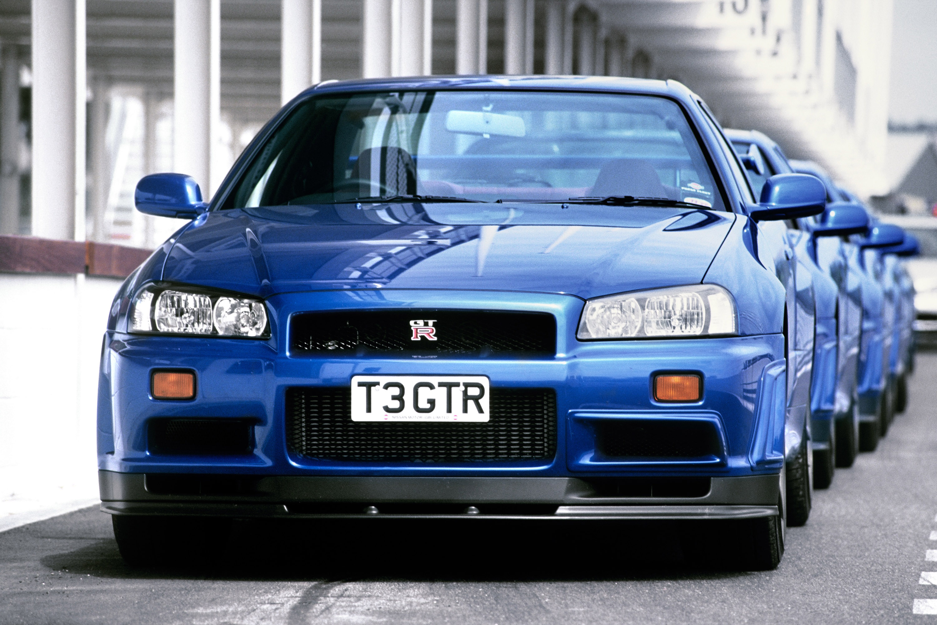 Nissan skyline what makes it so special through the years 2002 nissan skyline gt r r34 vanachro Images