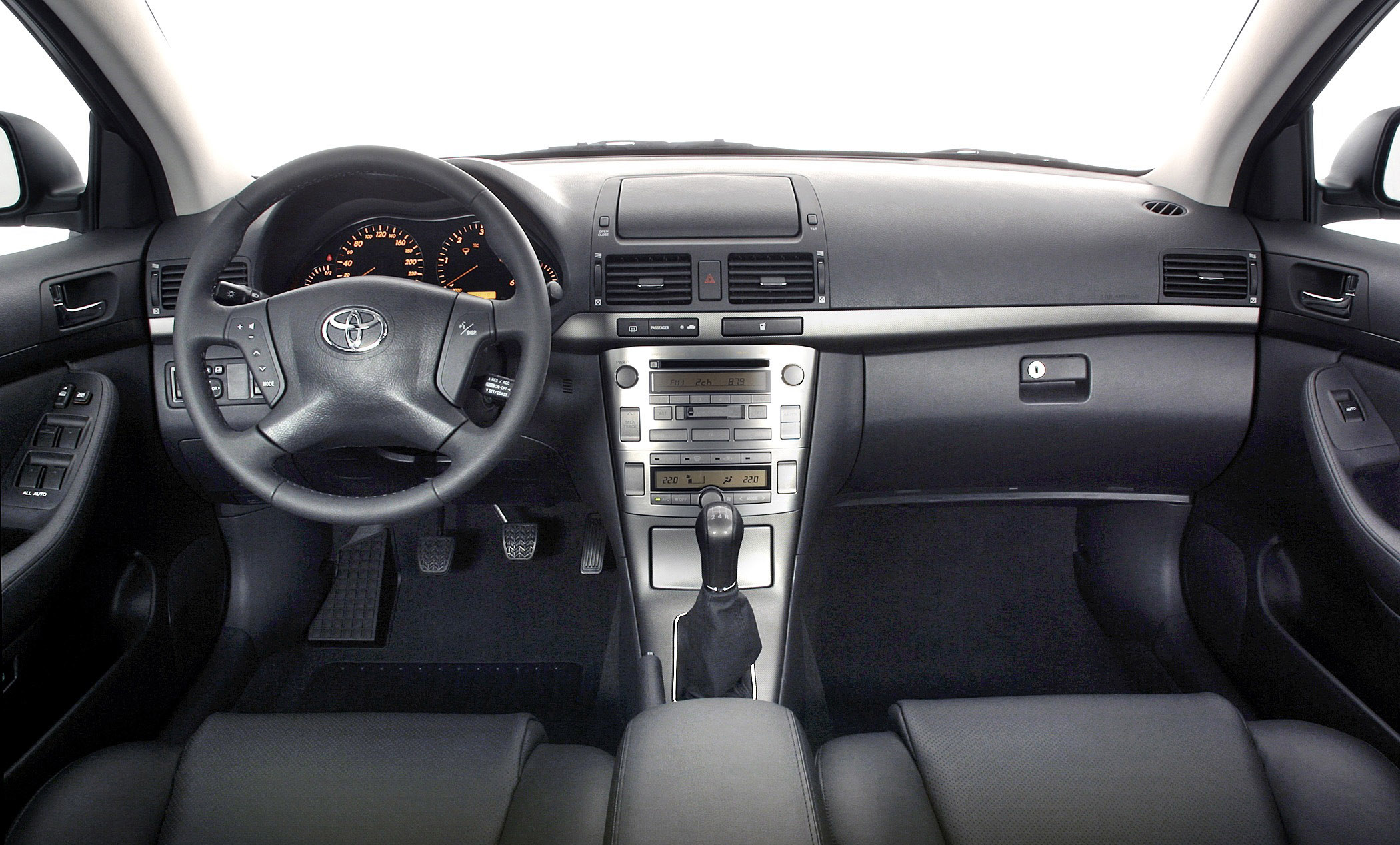 2002 Toyota Avensis Picture 76930