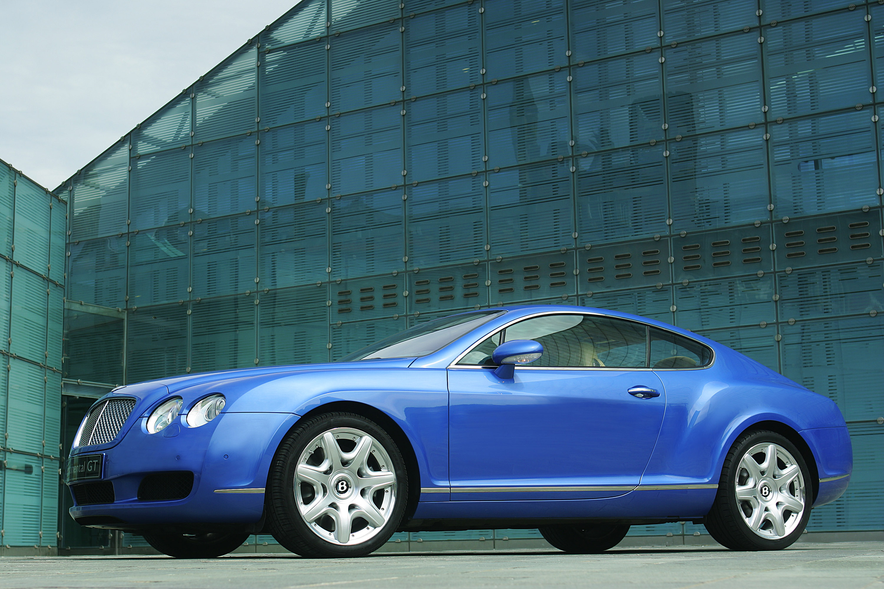 Bentley continental gt coupe 2003 hd pictures automobilesreview 2003 bentley continental gt coupe vanachro Gallery
