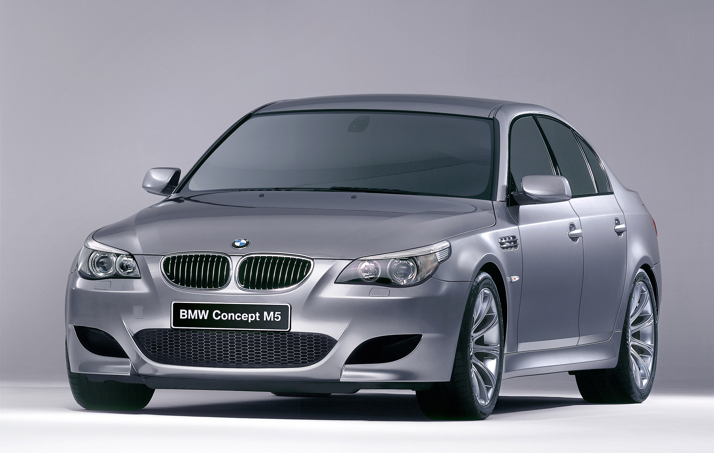 2008 BMW Concept M5 - Car Pictures