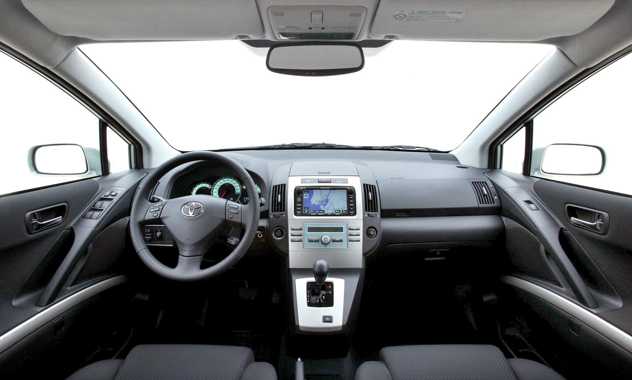 2004 Toyota Corolla Verso Picture 77116