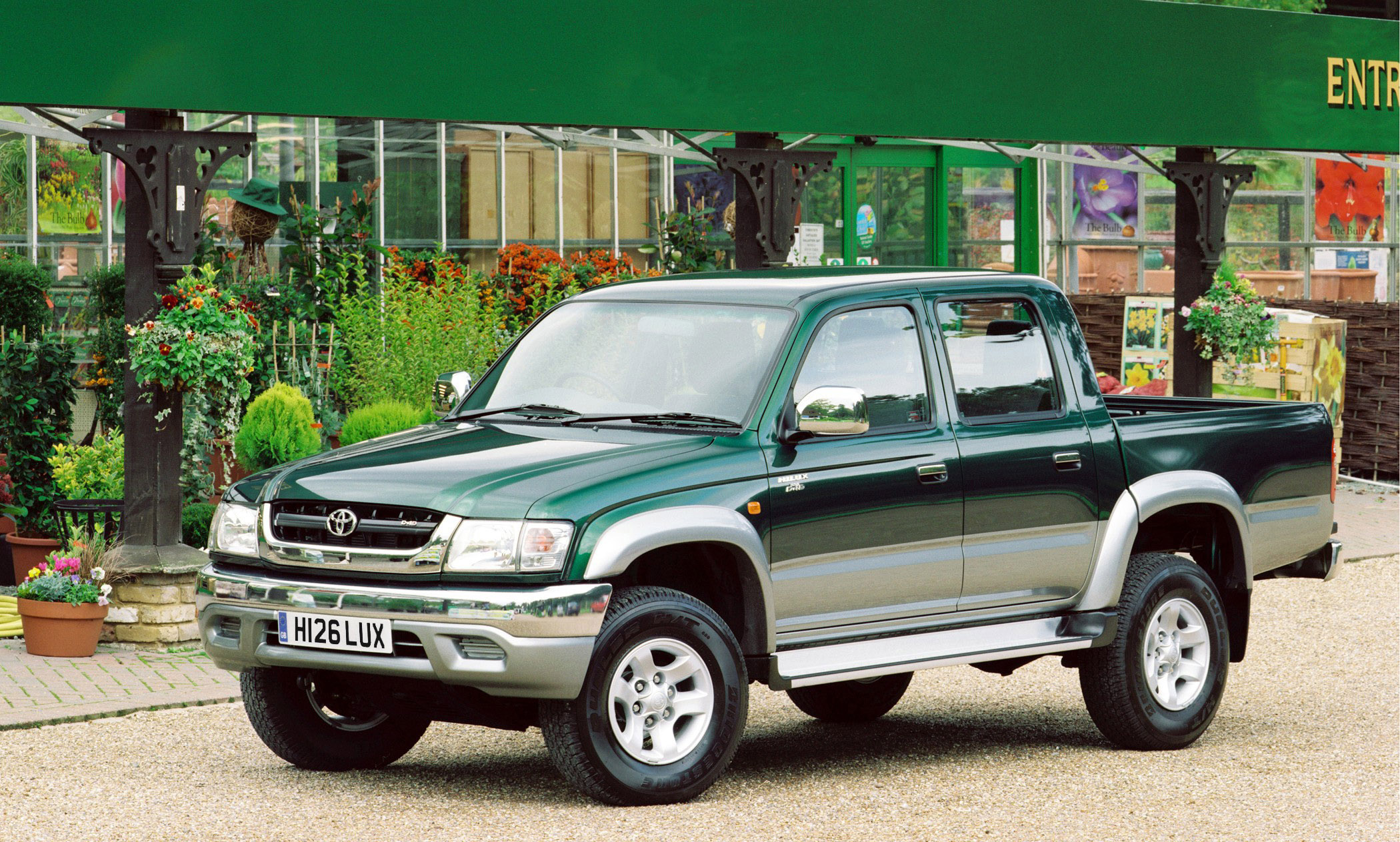 2004 Toyota Hilux Double Cab Picture 77120
