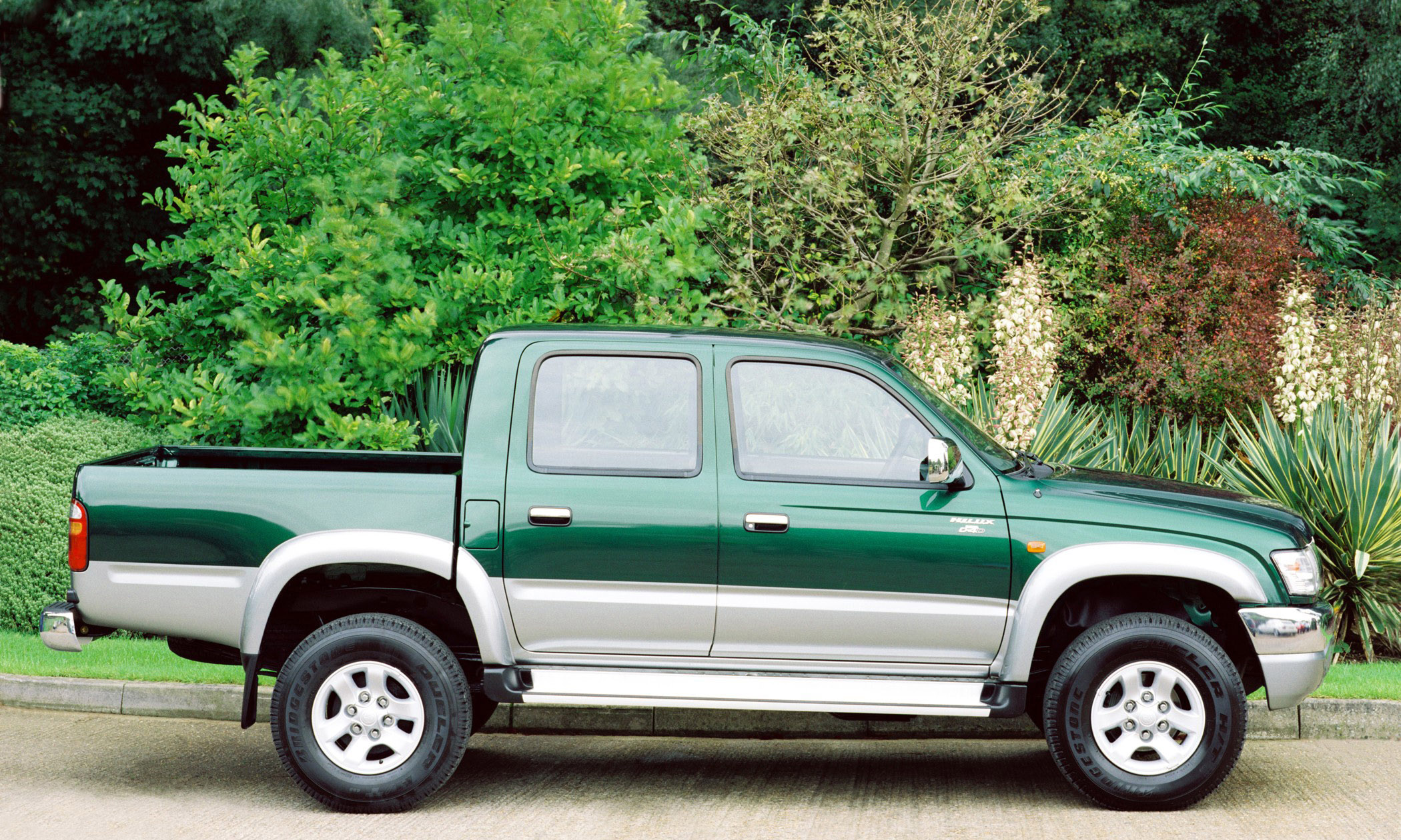 2004 Toyota Hilux Double Cab Picture 77123