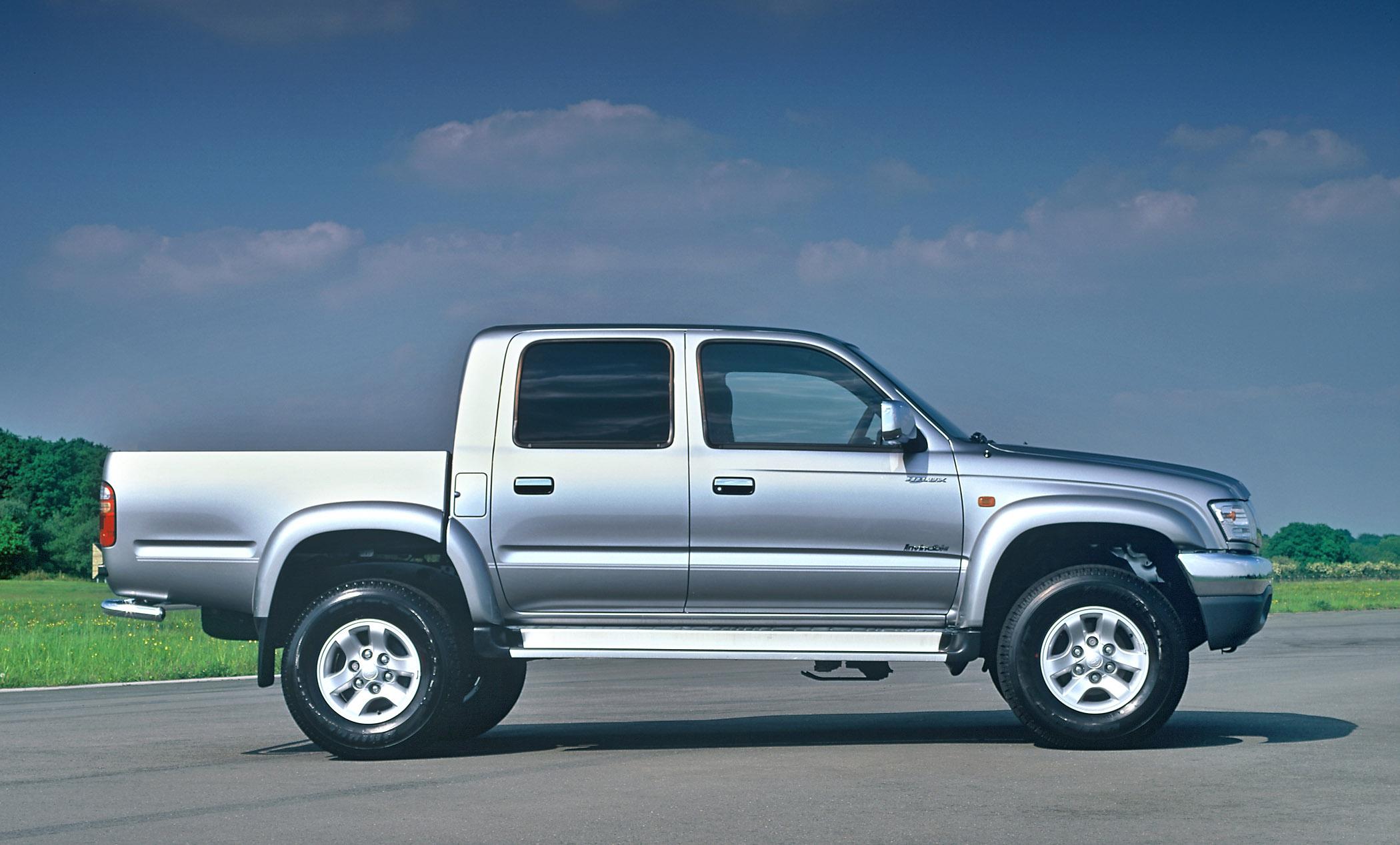 Toyota Hilux Invincible (2004)