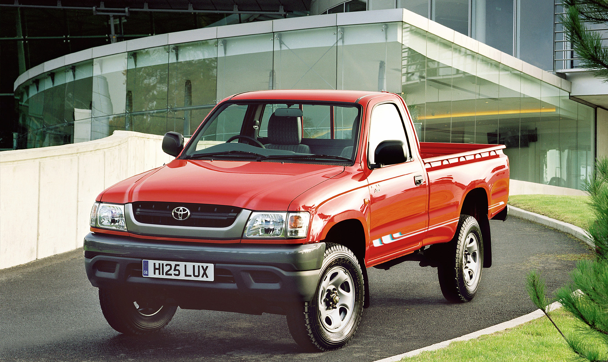 2004 Toyota Hilux Single Cab Picture 77127