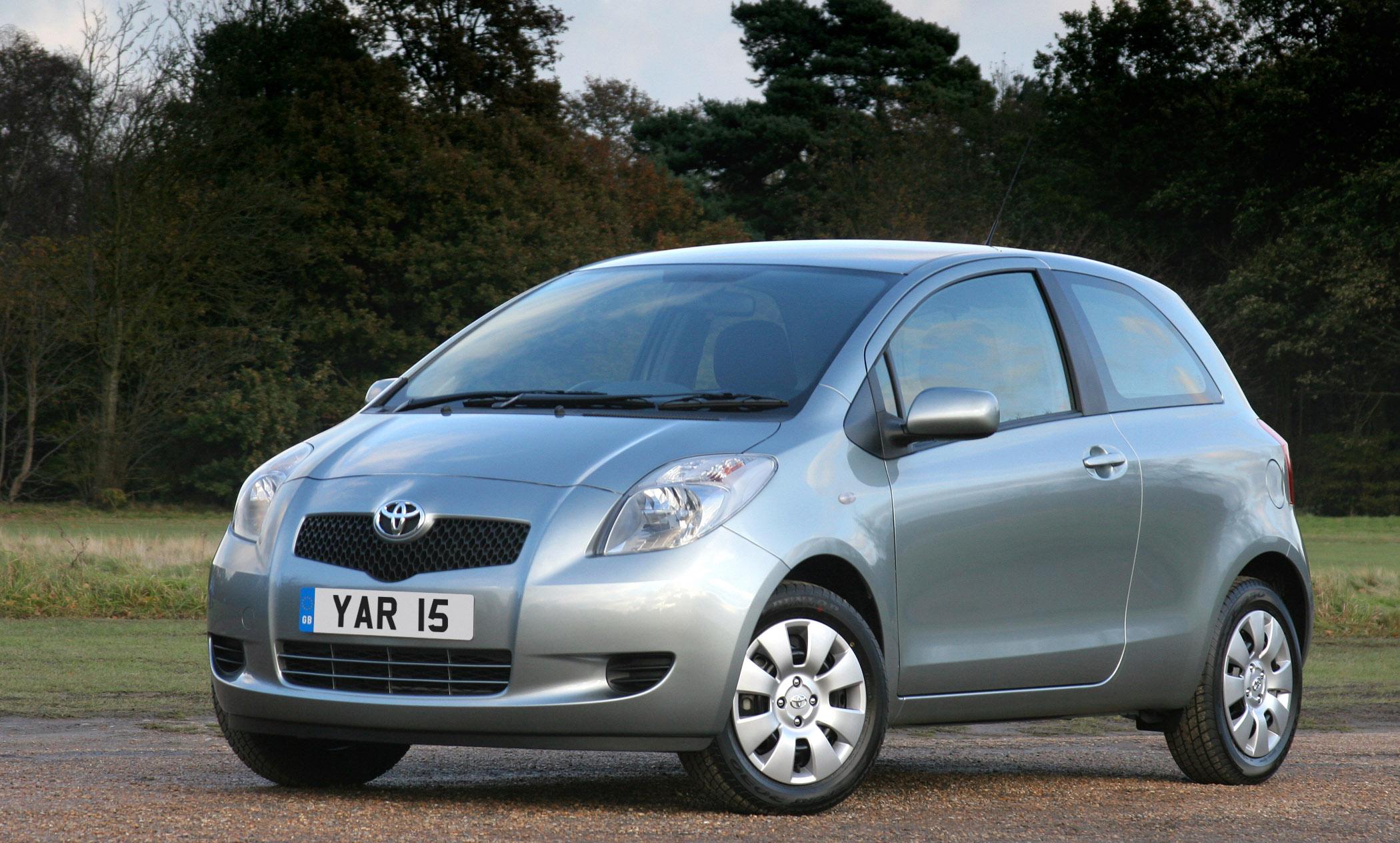 Kekurangan Toyota Yaris 2005 Perbandingan Harga