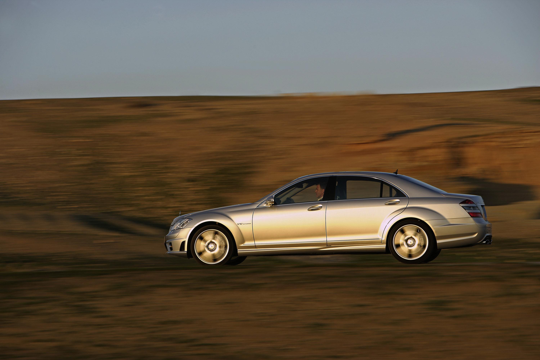 Mercedes benz c63 amg for Mercedes benz amg s65