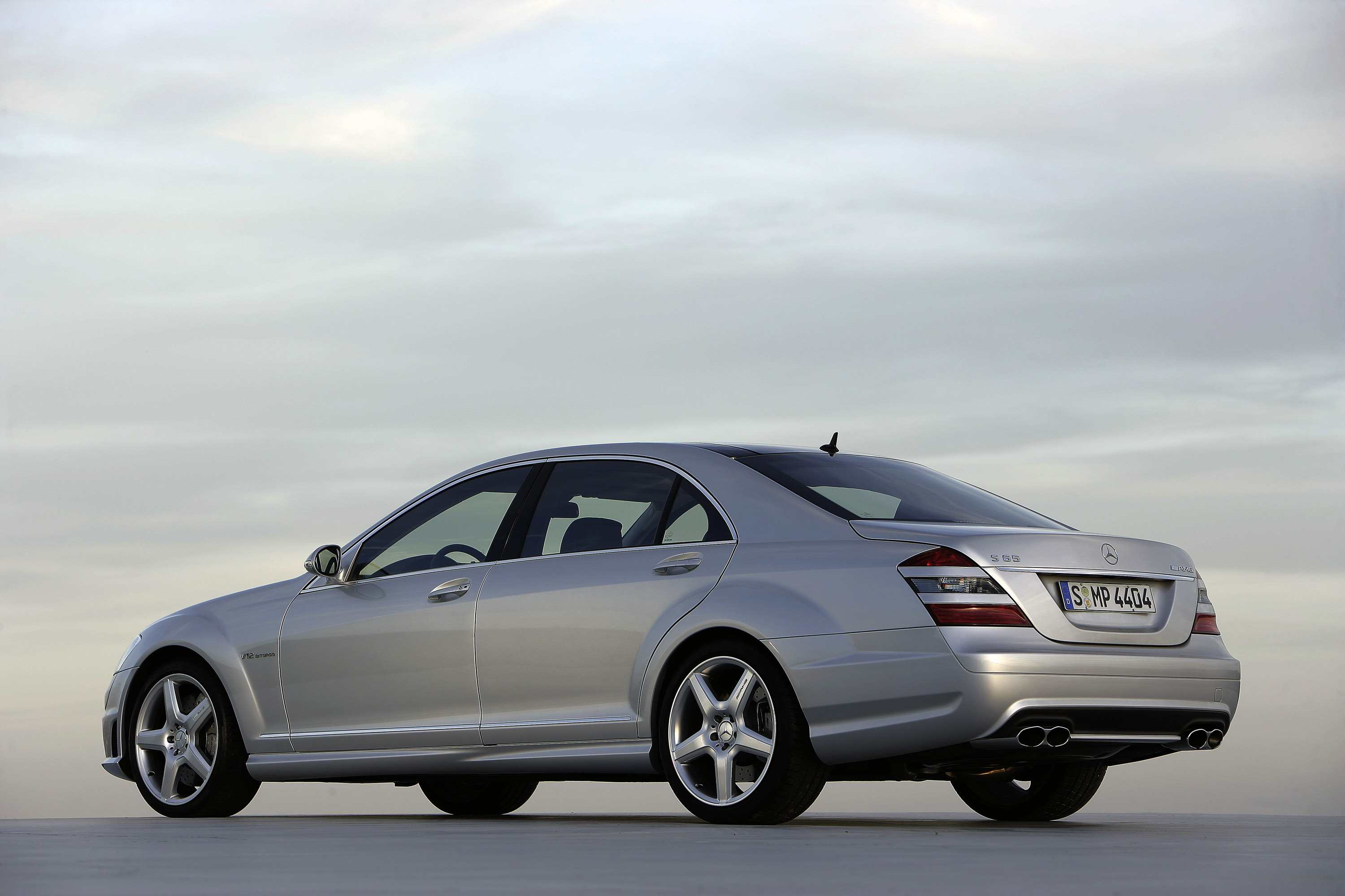 Mercedes benz s65 amg 2007 for Mercedes benz amg s65