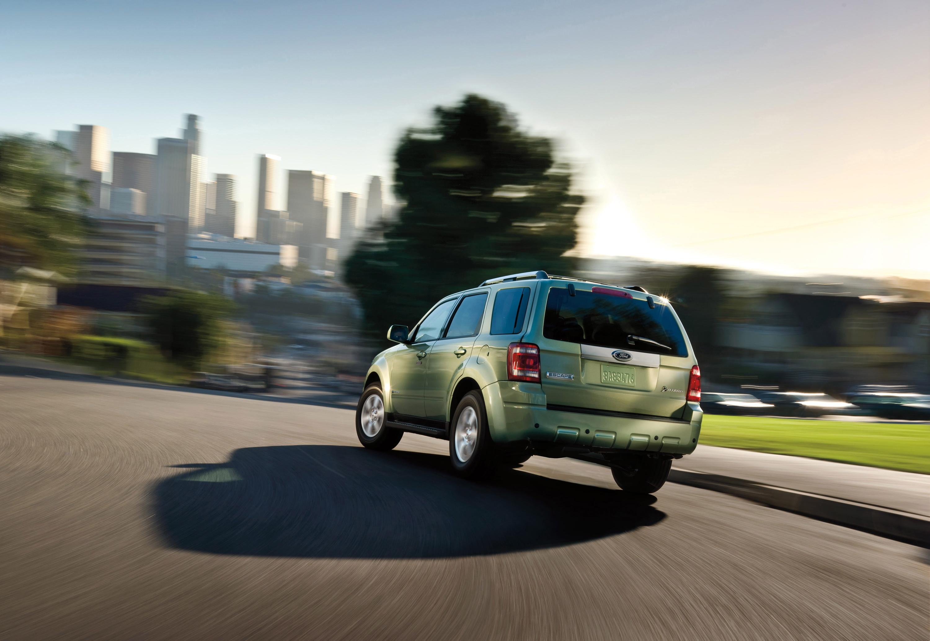 2008 ford escape hybrid recognized among top 10 green cars praised