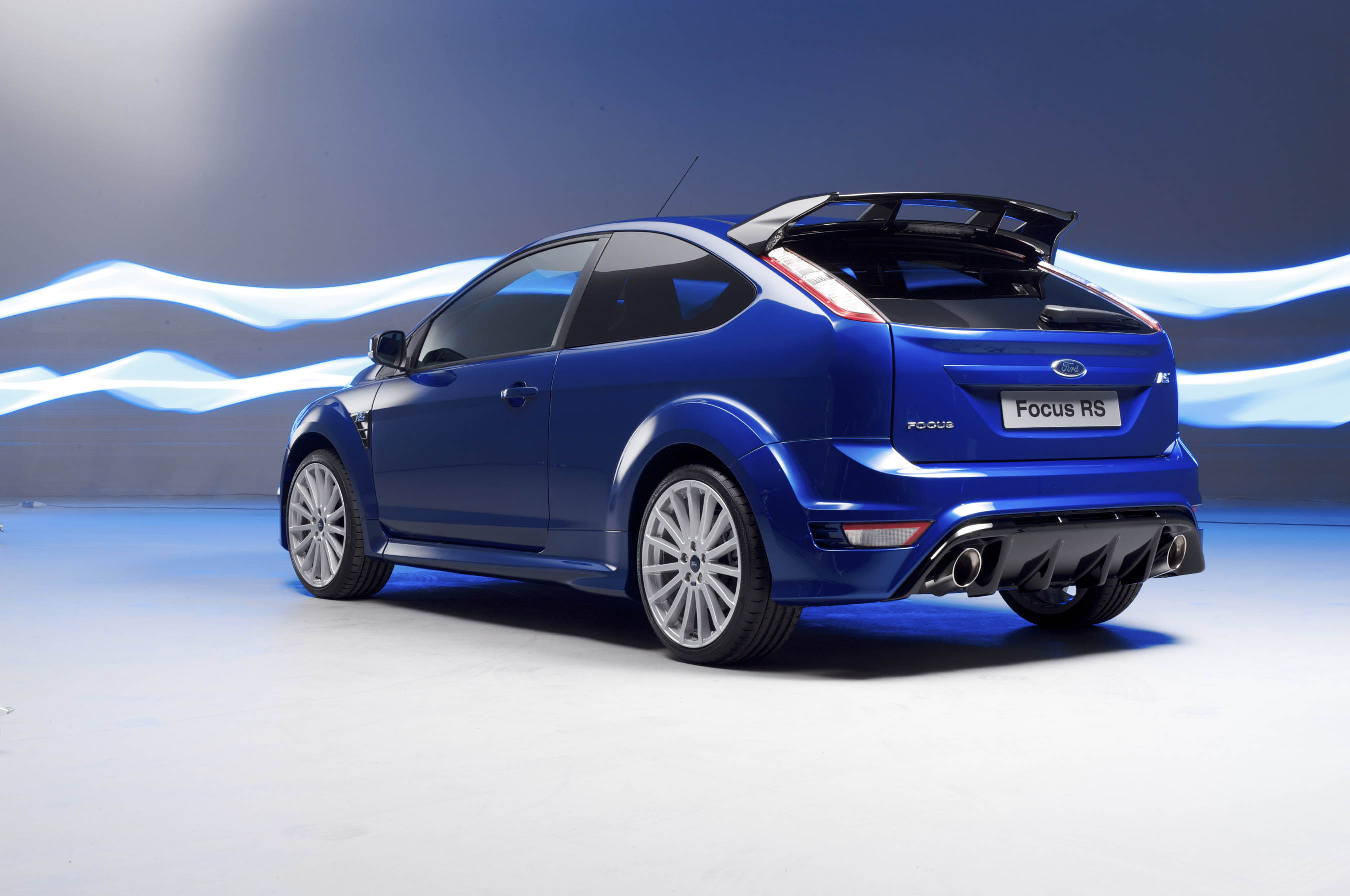 new ford focus rs in detail. Black Bedroom Furniture Sets. Home Design Ideas