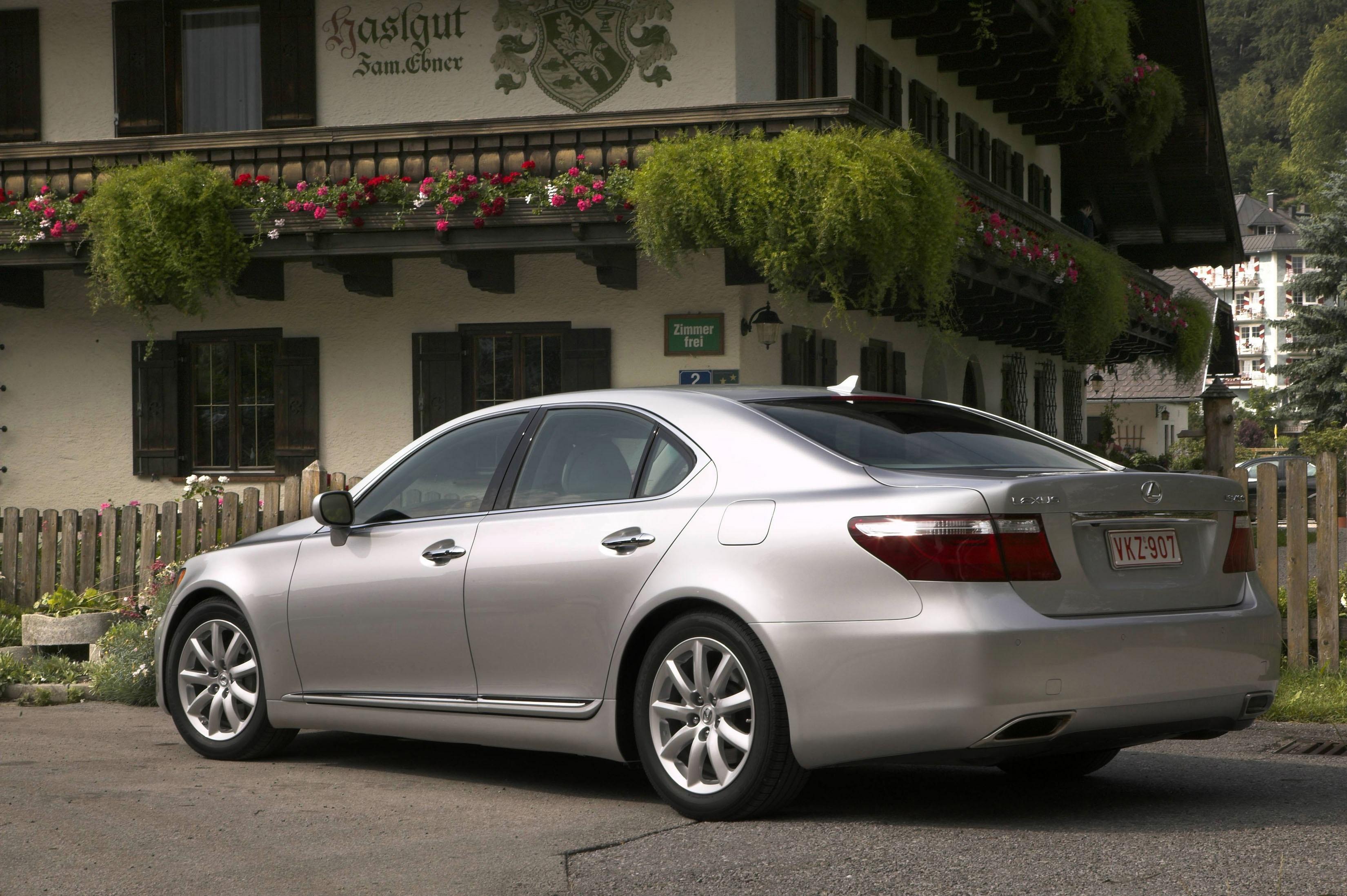 Lexus LS 460 - Picture 6482