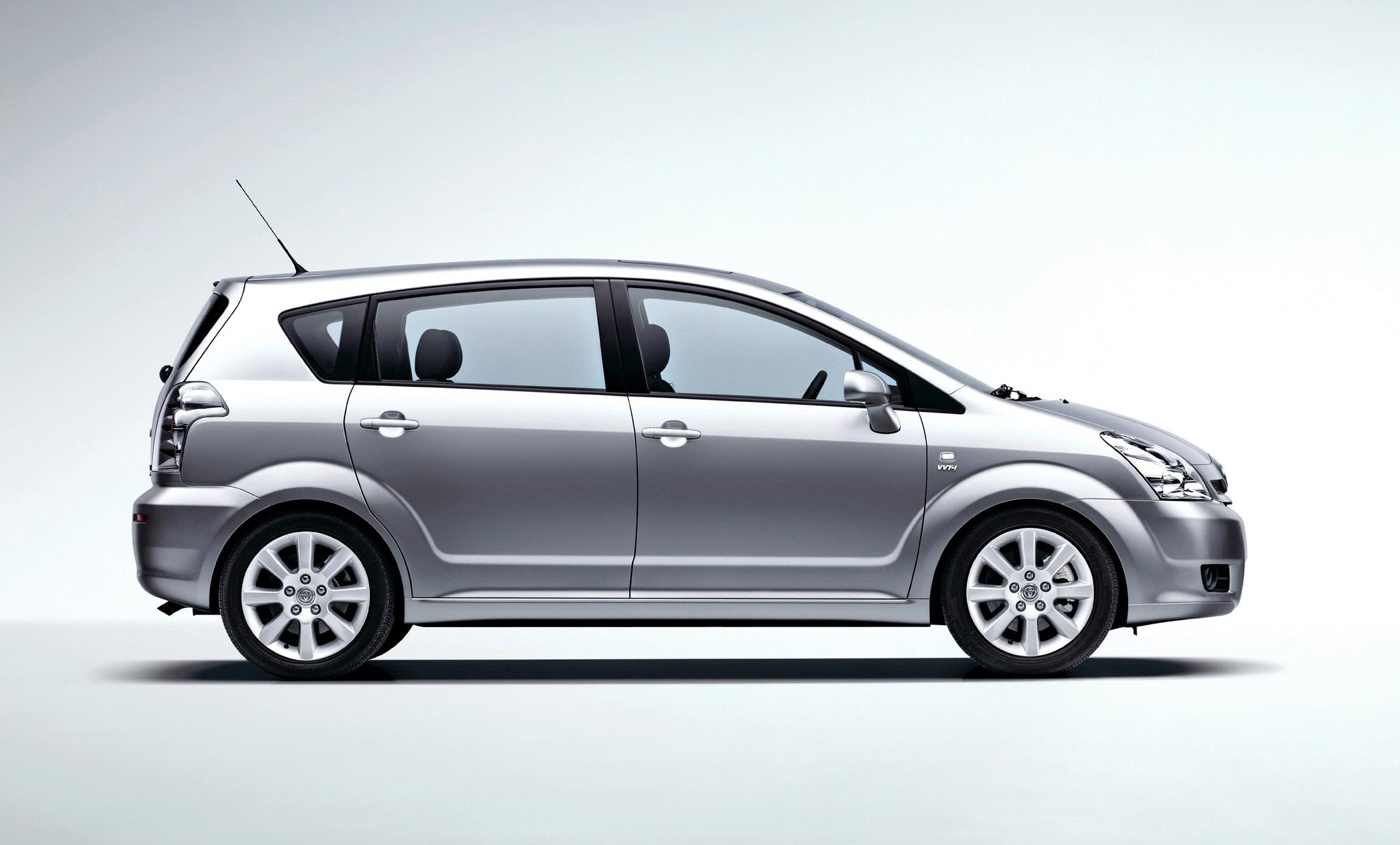 2008 Toyota Corolla Verso Picture