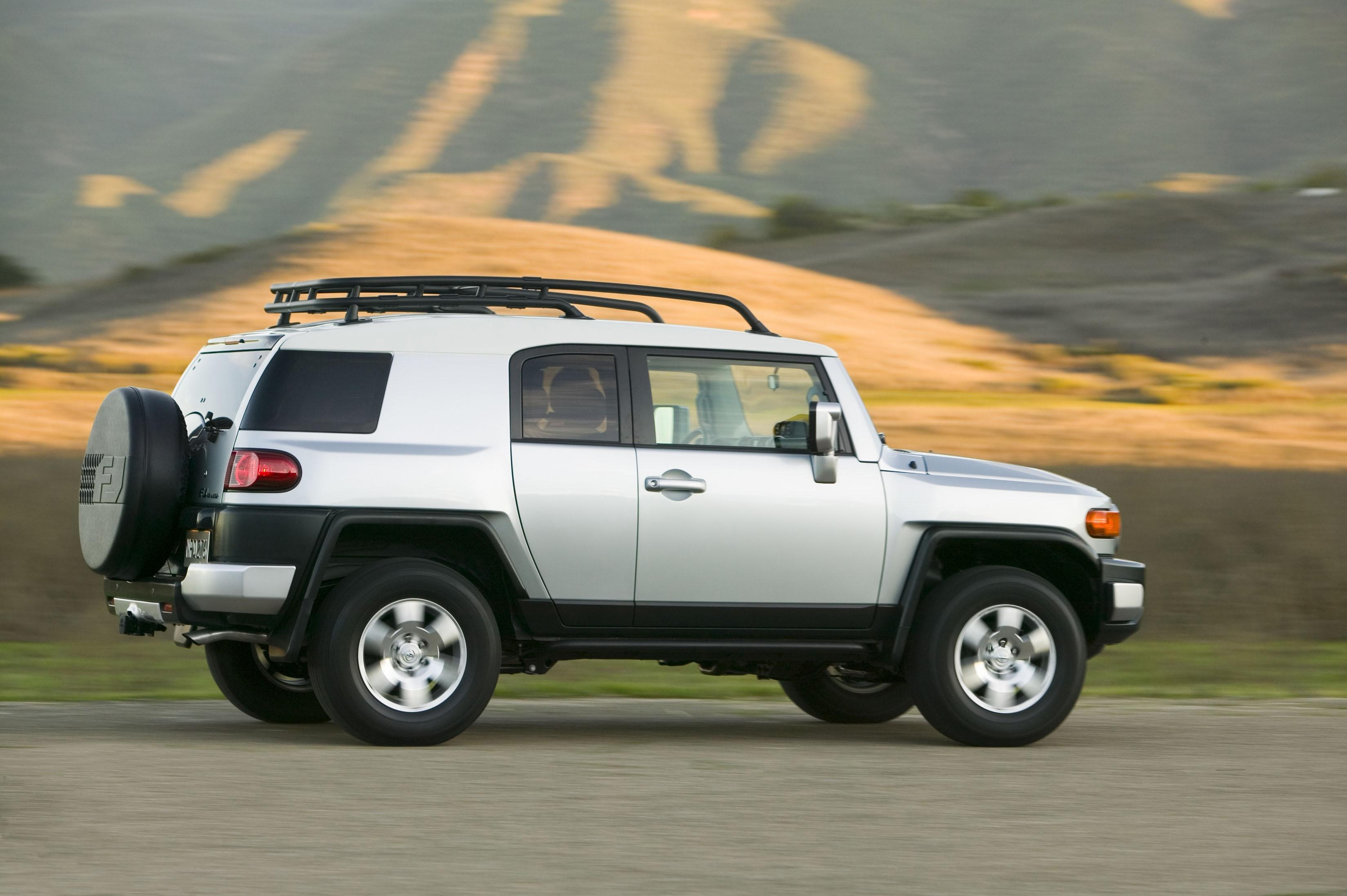 2015 Toyota Fj Cruiser Suv Reviews 2017 2018 Best Cars Reviews