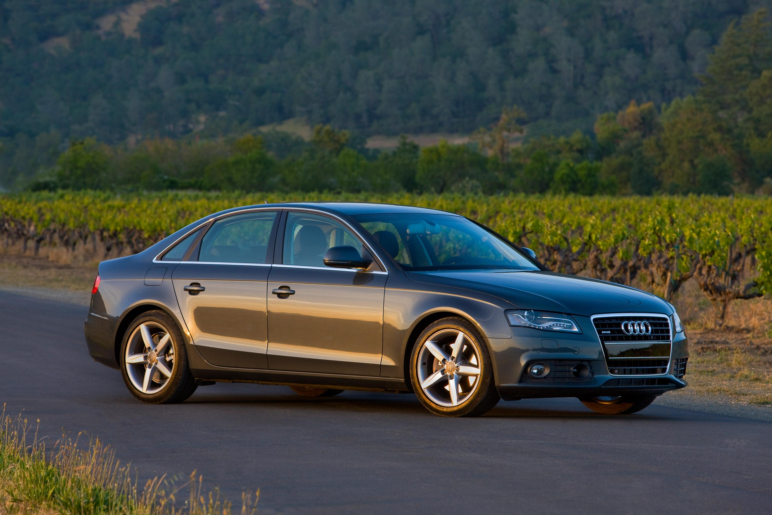 new audi a4 earns highest federal crash test rating. Black Bedroom Furniture Sets. Home Design Ideas