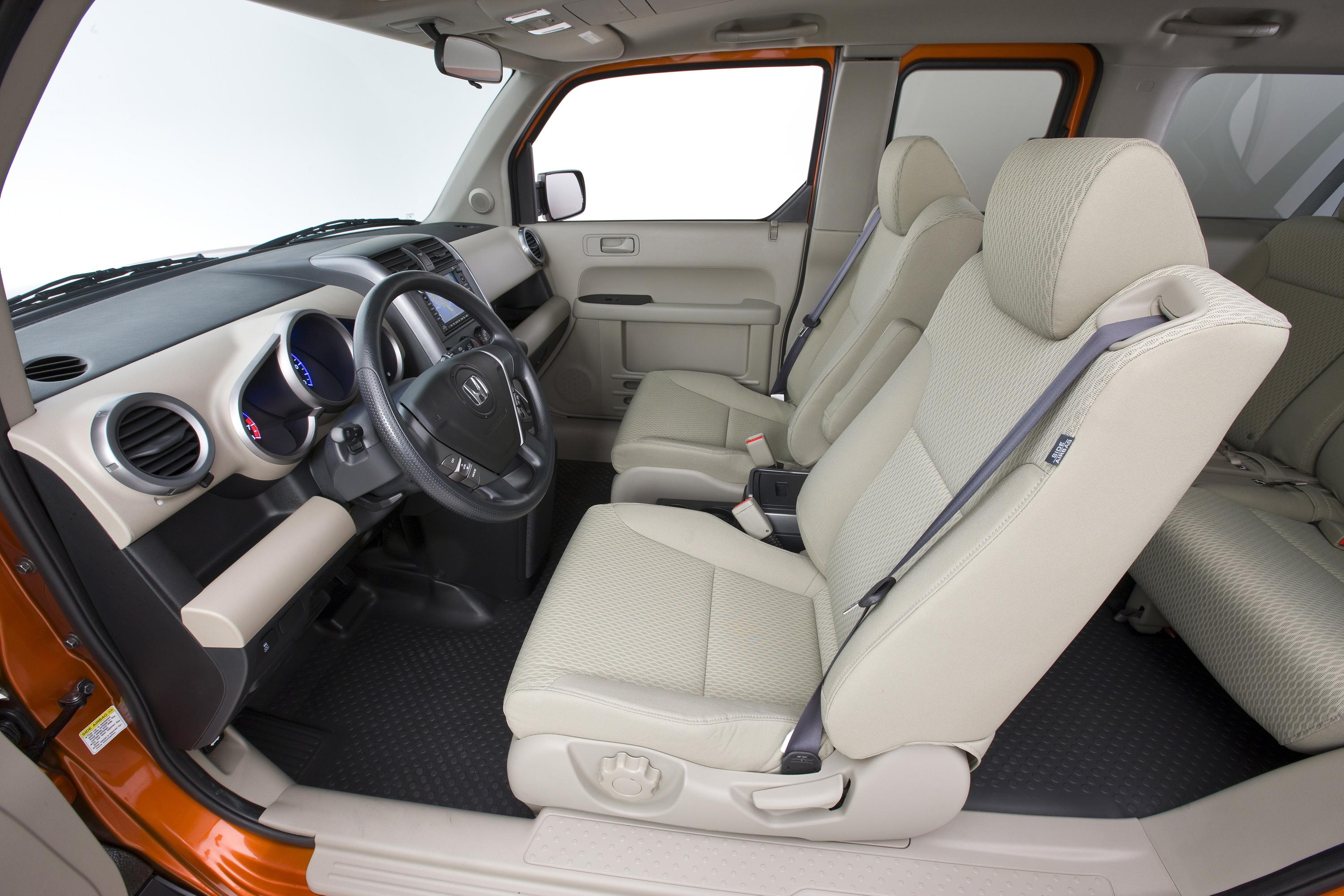 restyled 2009 honda element offers new high tech functional features rh automobilesreview com Honda Element Review Honda Element Manual Transmission Diagram