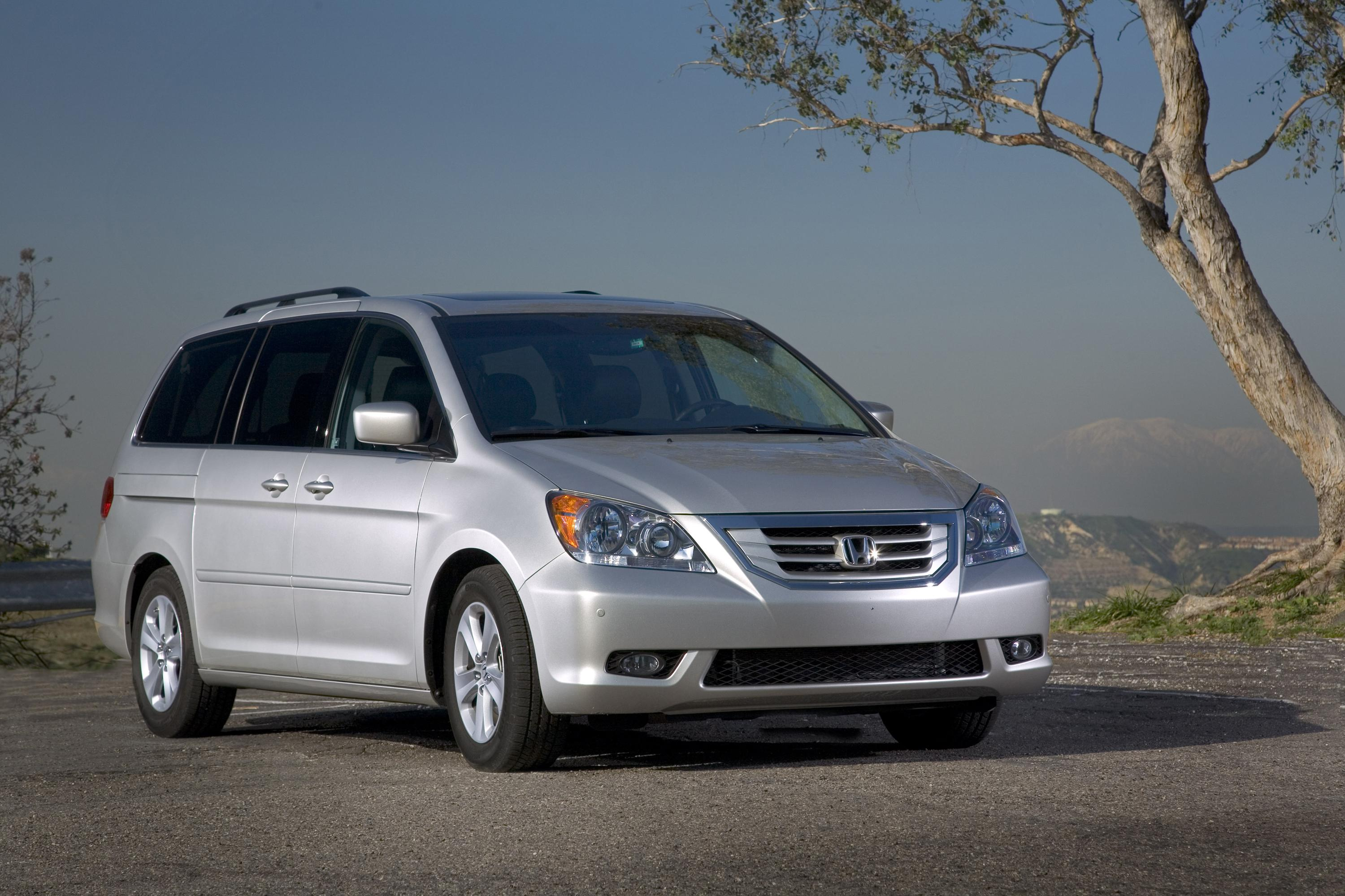 2009 honda odyssey offers efficient performance and for Honda odyssey magic seat