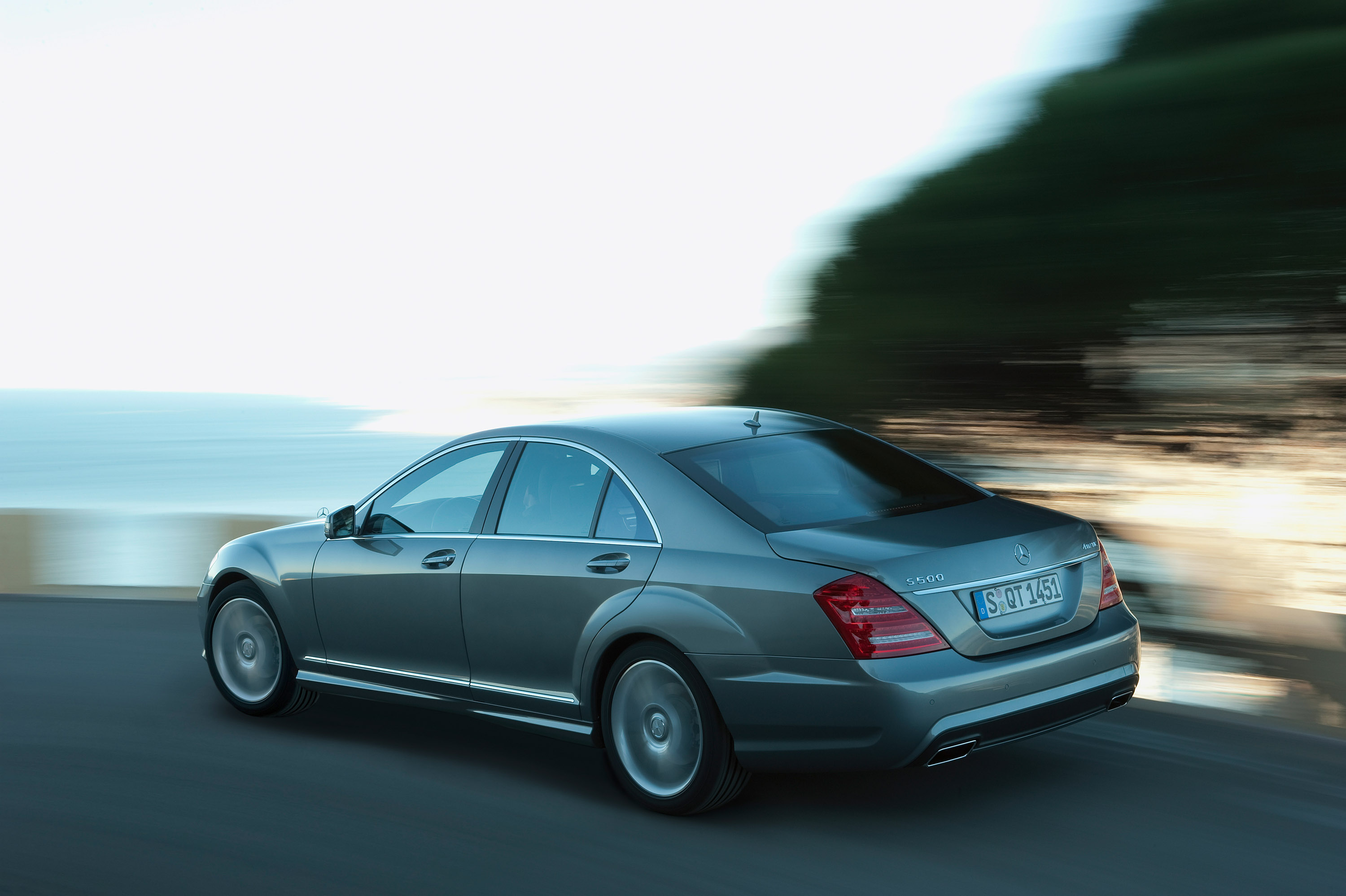 Amg Sports Package For The 2009 S Class And Cl Mercedes Benz 500 4matic