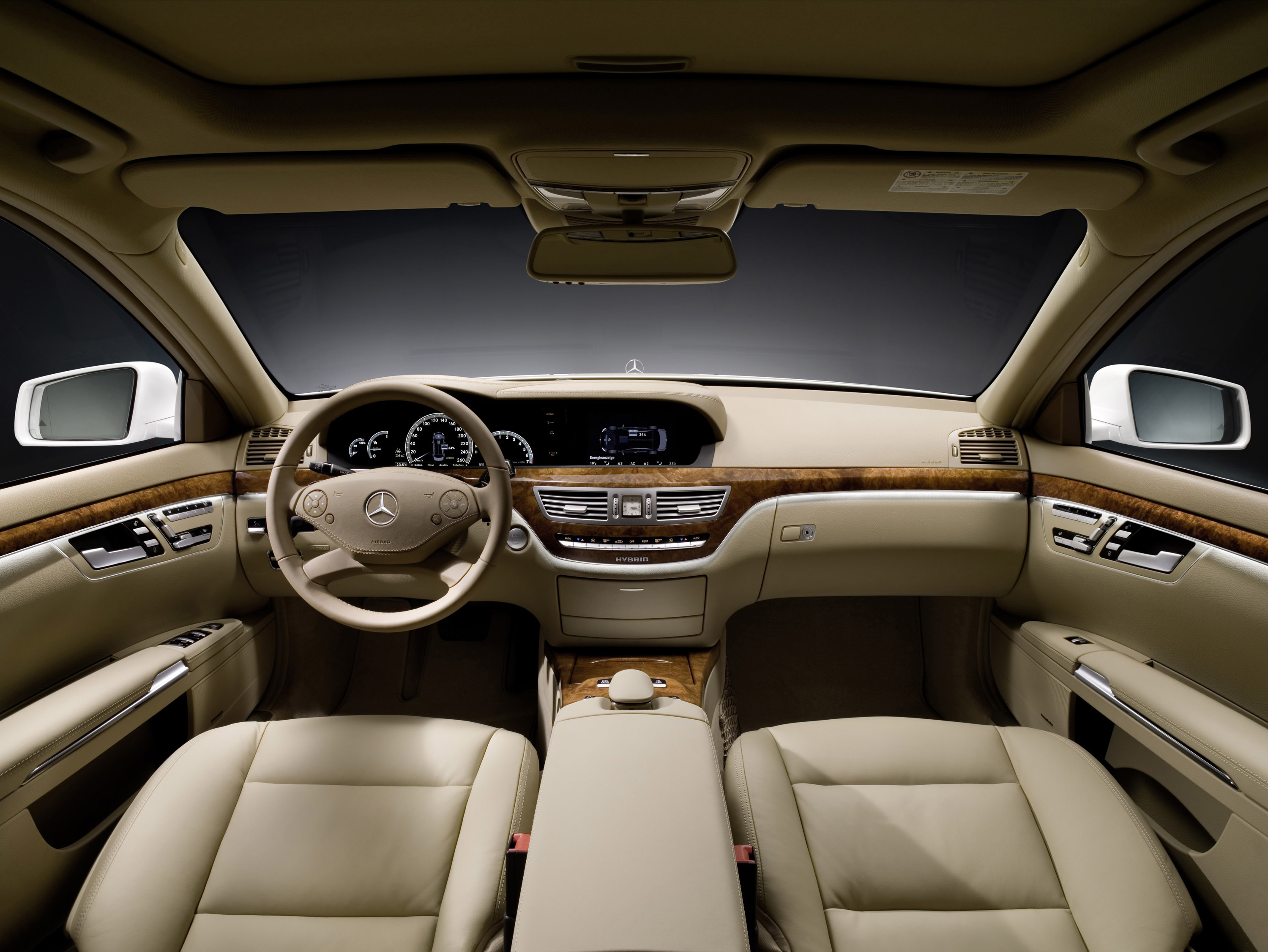 Mercedes benz s class awarded best luxury car for 2009 s class mercedes benz