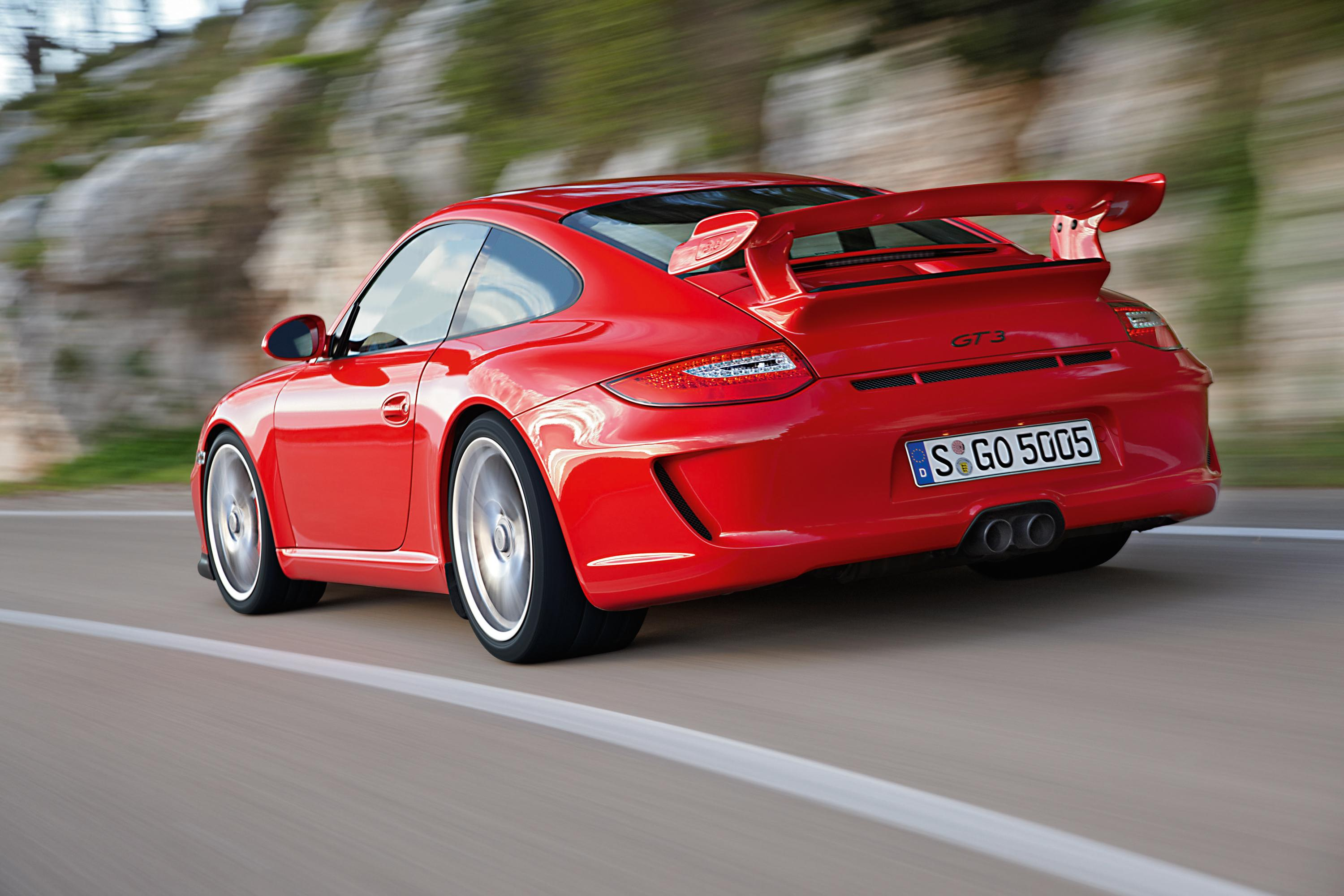 Porsche To Debut The Cayenne Diesel And 911 GT3 In Germany