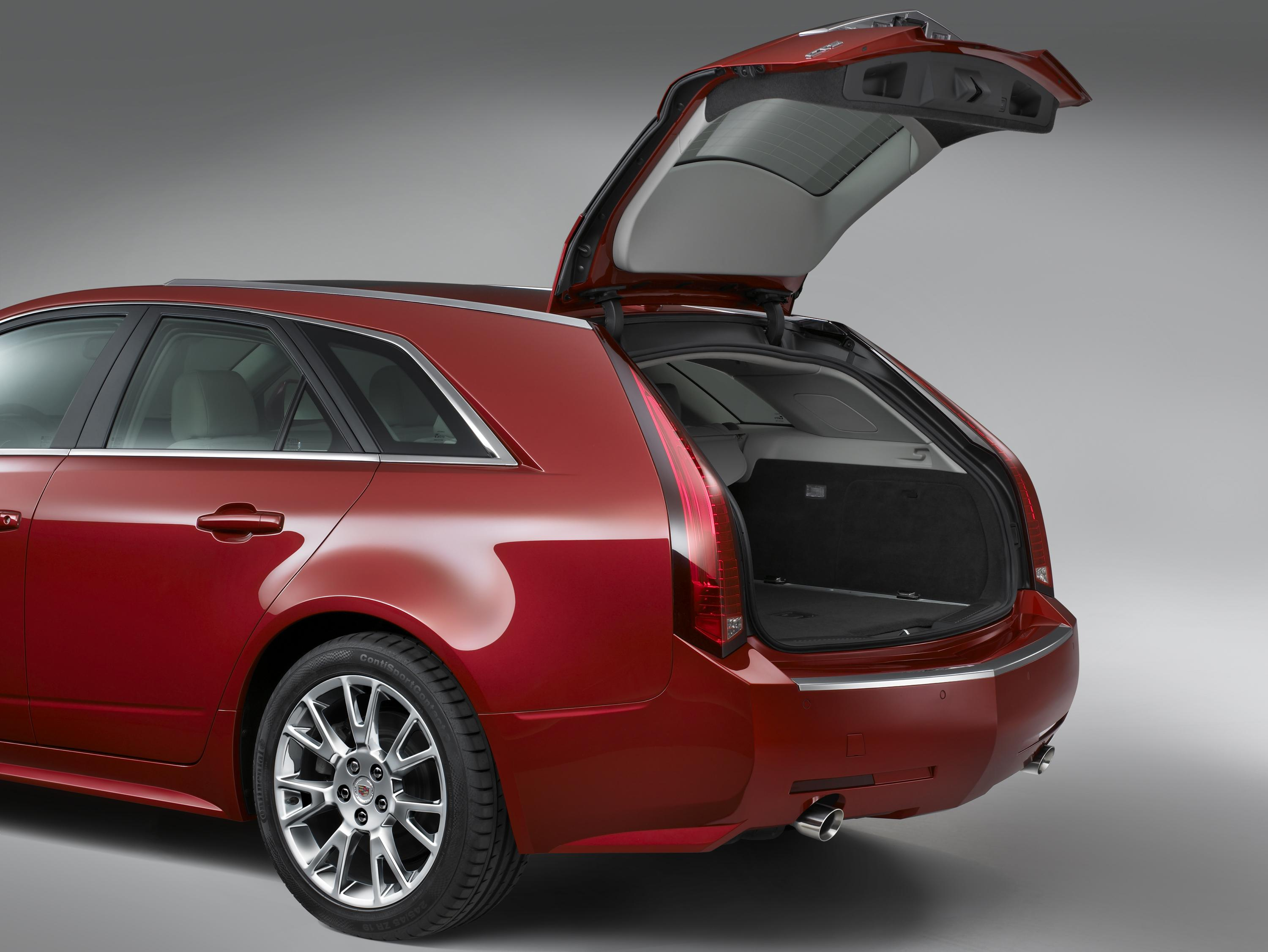 cts sport wagon extends cadillac 39 s design driven renaissance. Black Bedroom Furniture Sets. Home Design Ideas