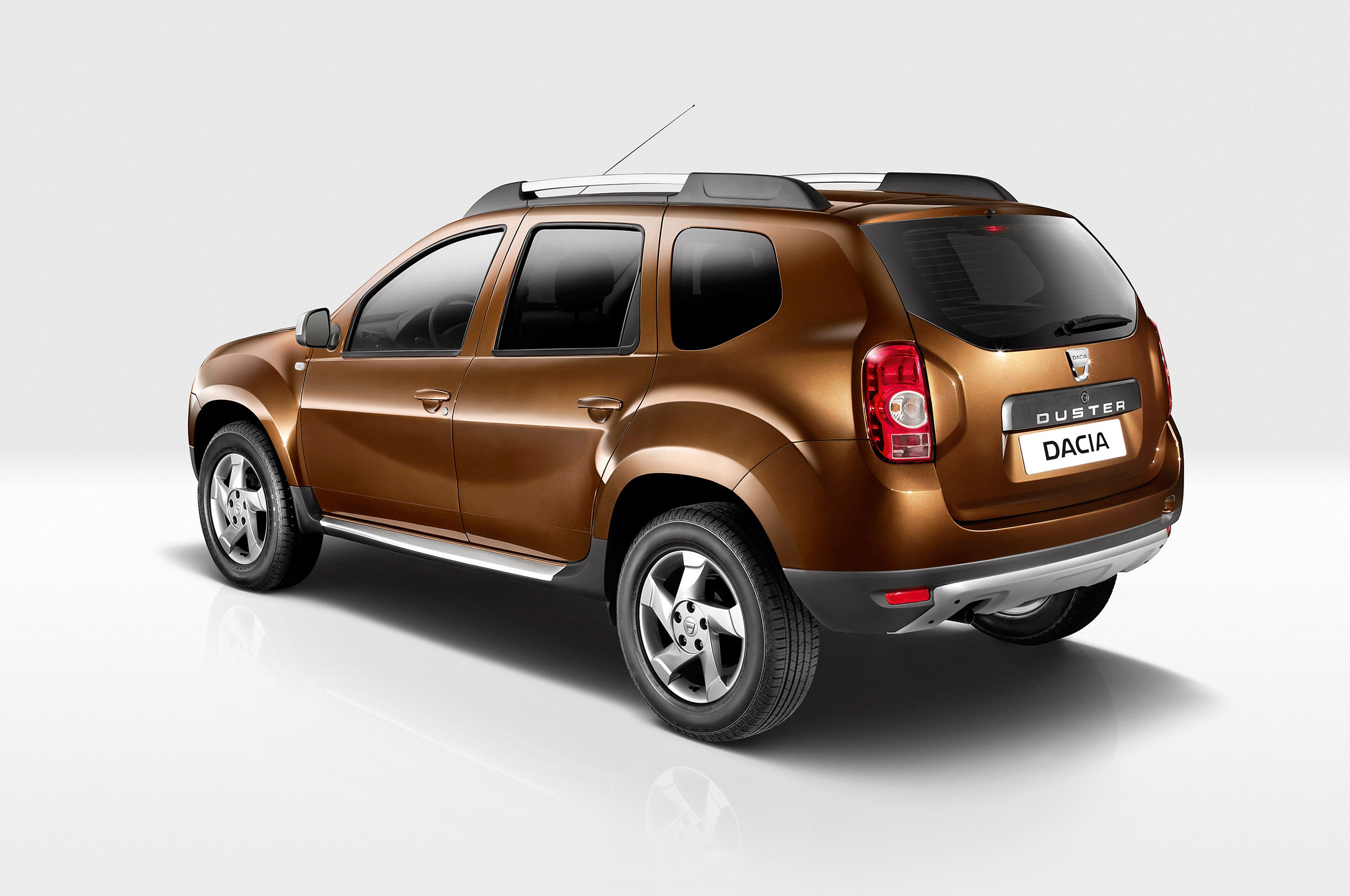 2013 dacia duster lpg for france. Black Bedroom Furniture Sets. Home Design Ideas