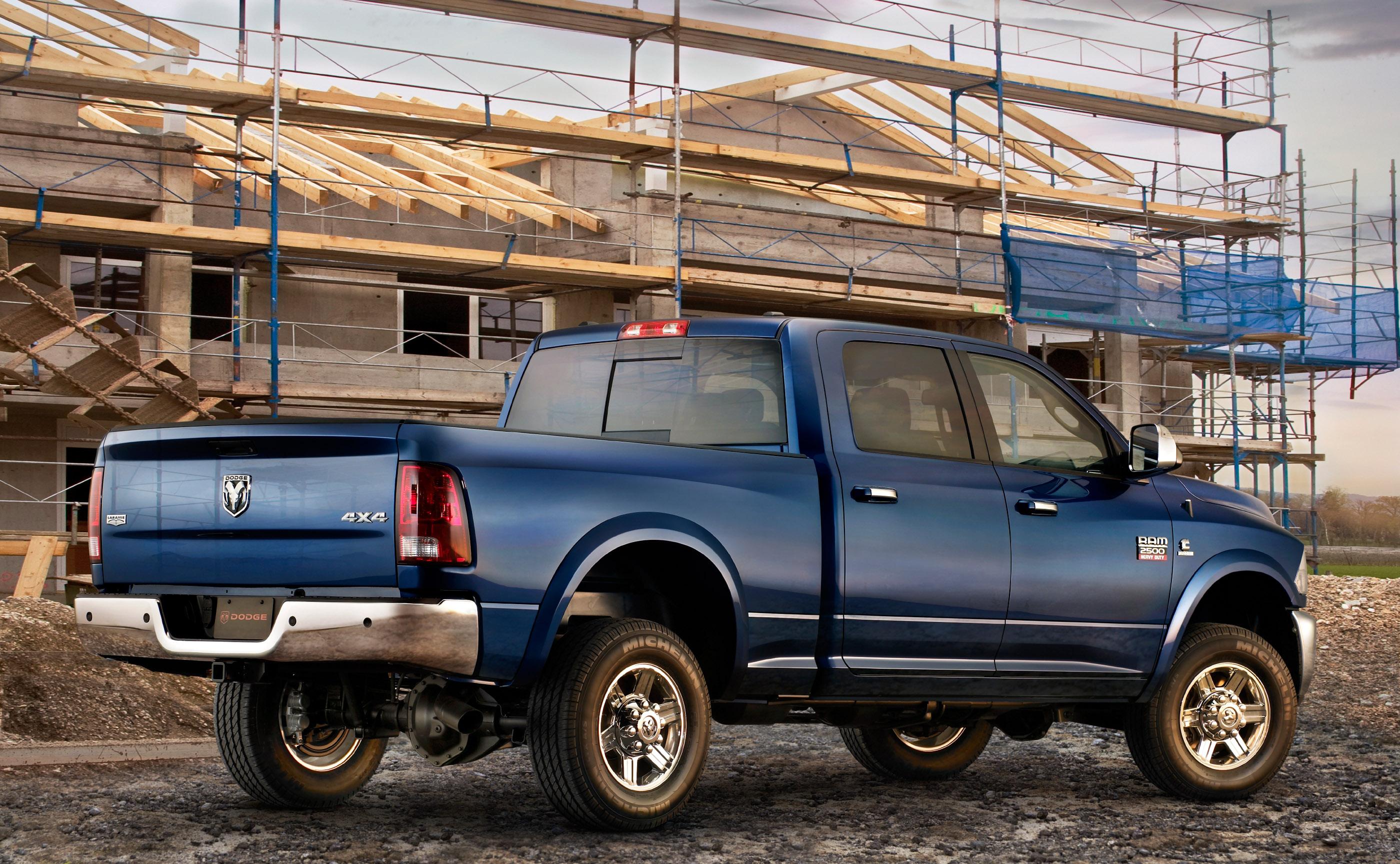 Dodge Ram Laramie Crew Cab on Dodge Ram 2500 Towing Mirrors
