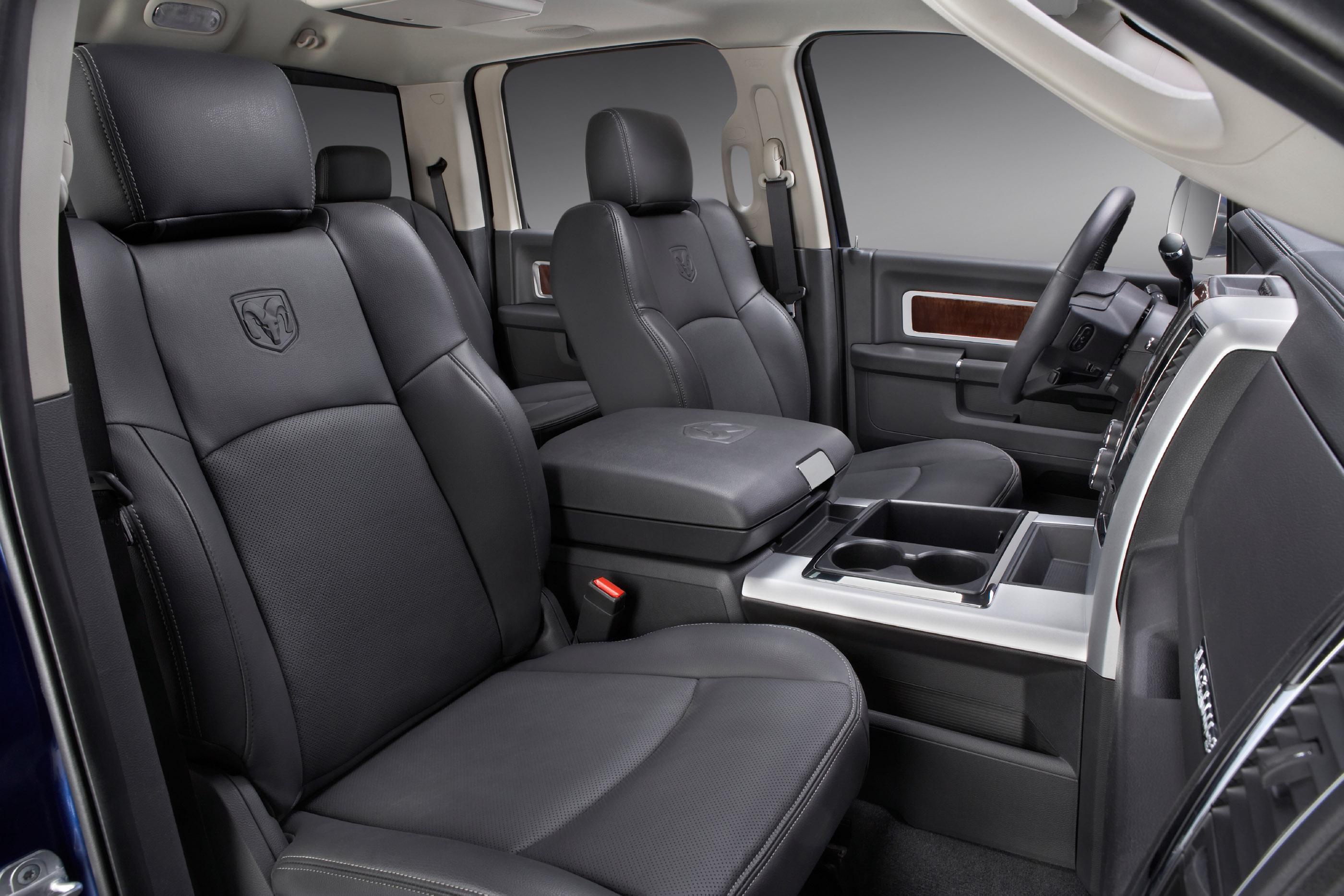 2004 Dodge Ram 2500 Interior Accessories
