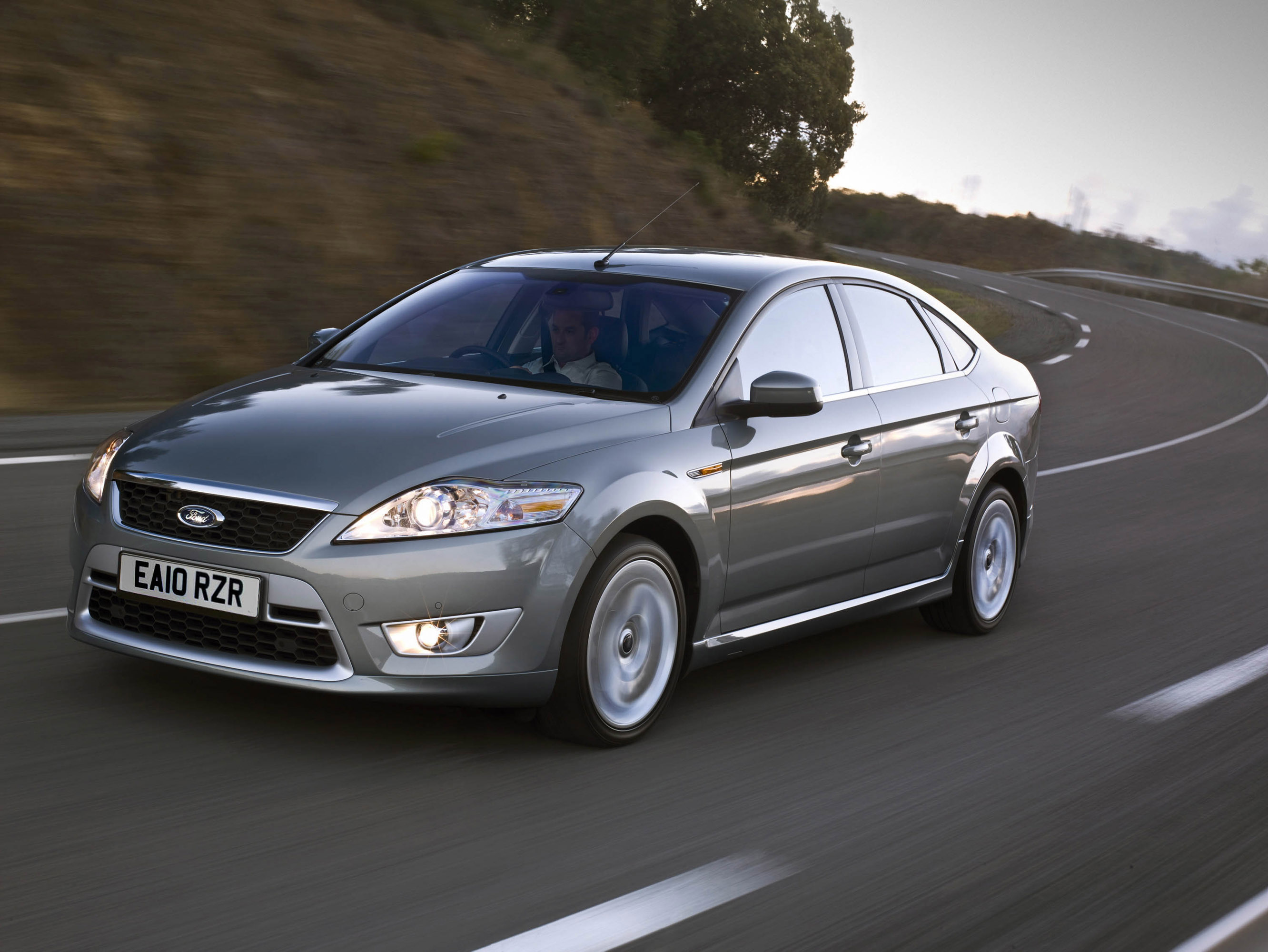 2010 ford mondeo available for the uk in autumn. Black Bedroom Furniture Sets. Home Design Ideas