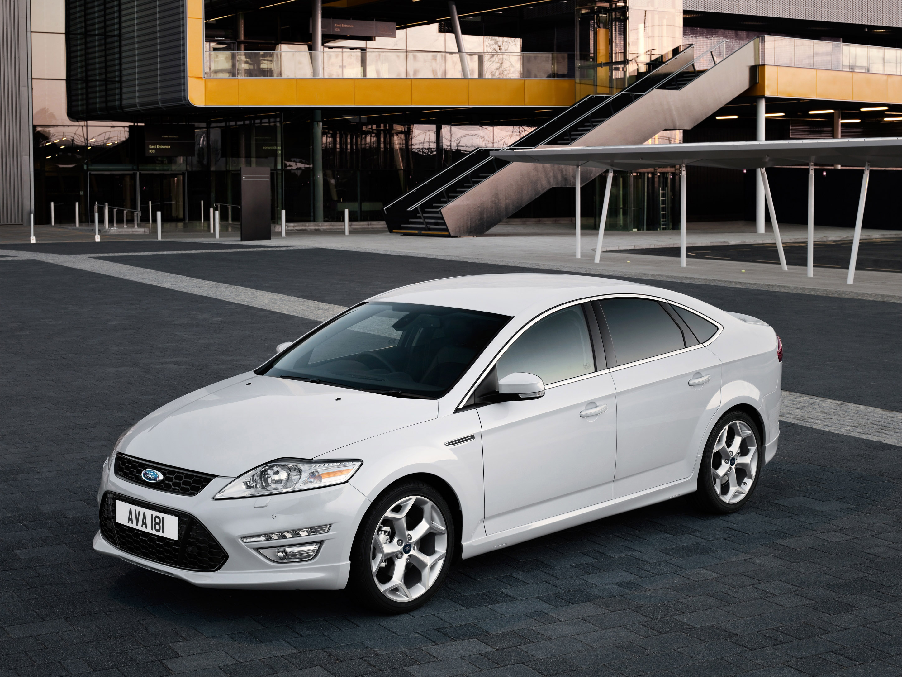2010 ford mondeo comes with improved engine range and. Black Bedroom Furniture Sets. Home Design Ideas