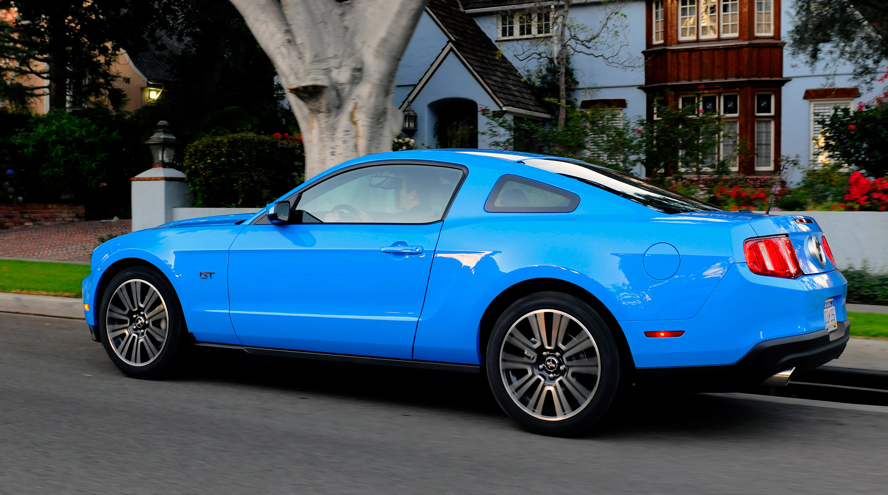 2010 Ford Mustang GT Picture