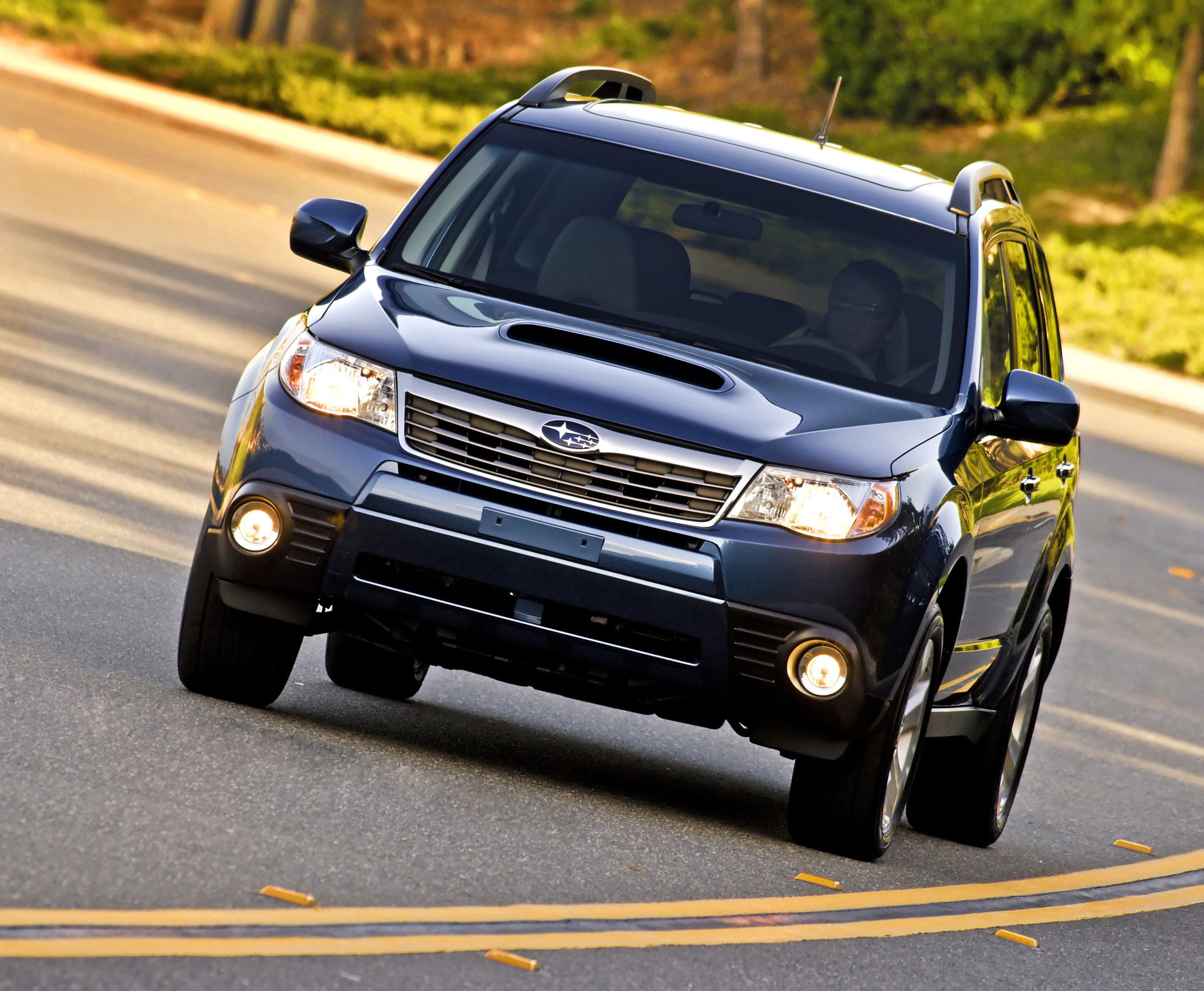 2010 Subaru Forester 2 5XT Picture