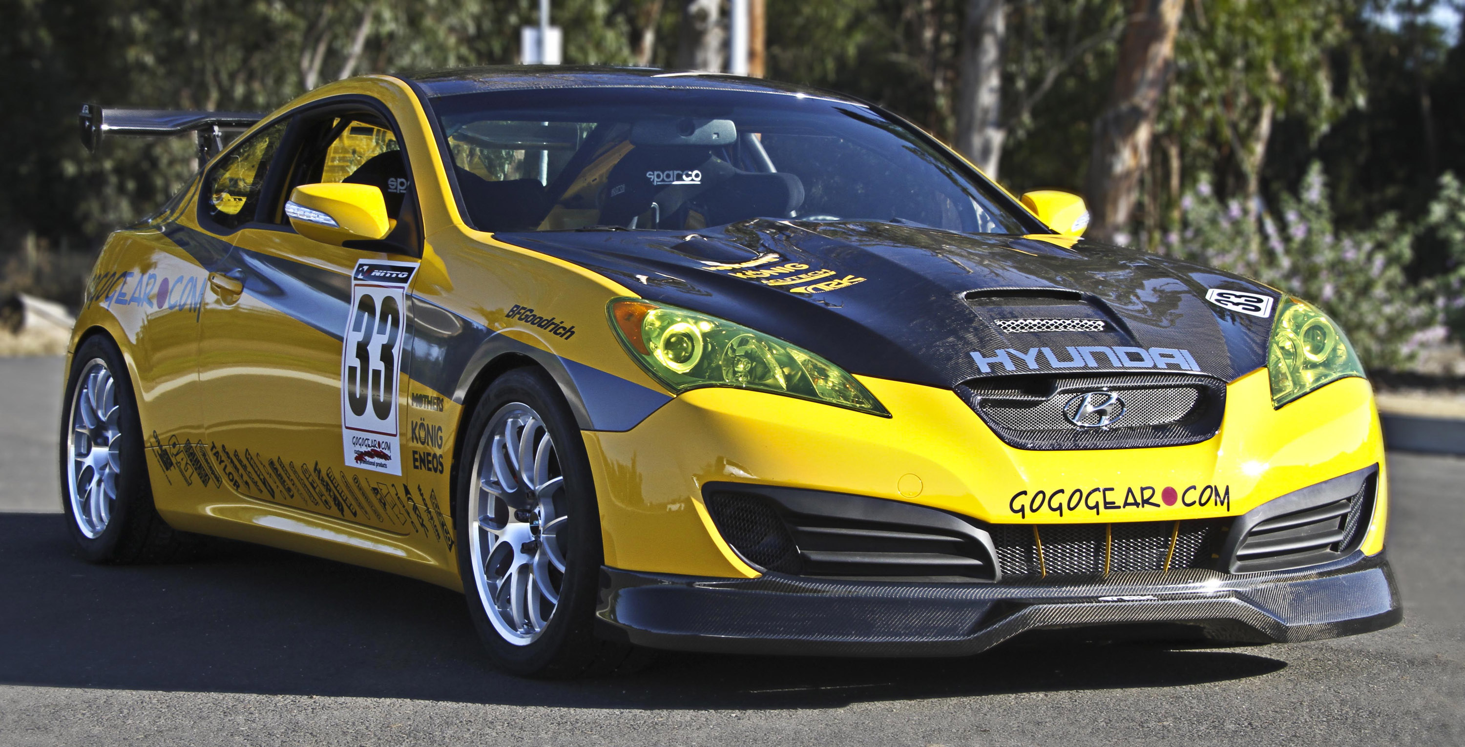 hyundai genesis coupe race car at the sema show 2010. Black Bedroom Furniture Sets. Home Design Ideas