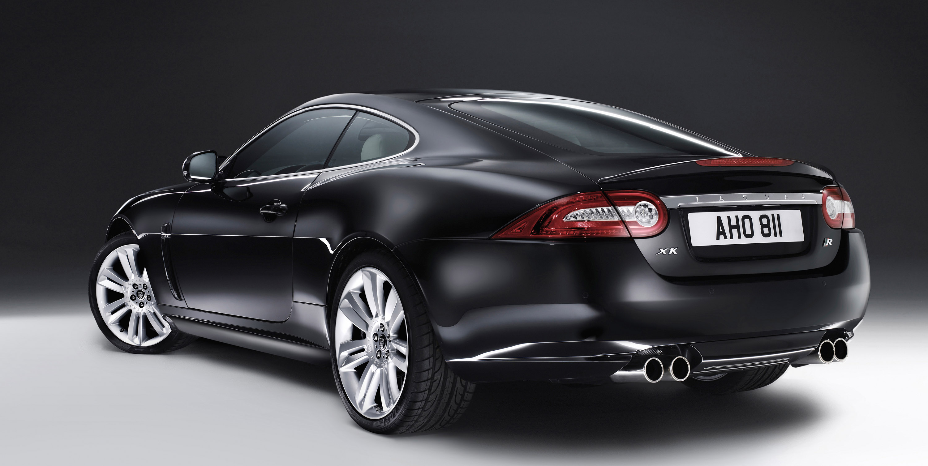 Jaguar Reveals New Xkr And Xfr With Gkn Driveline S
