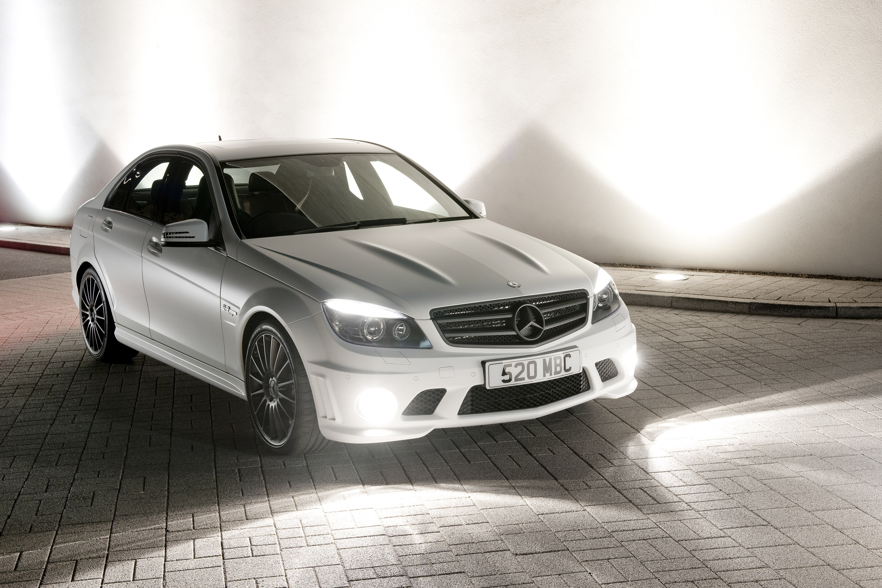 Jenson button has new toy mercedes benz c class dr520 estate for Mercedes benz of minneapolis