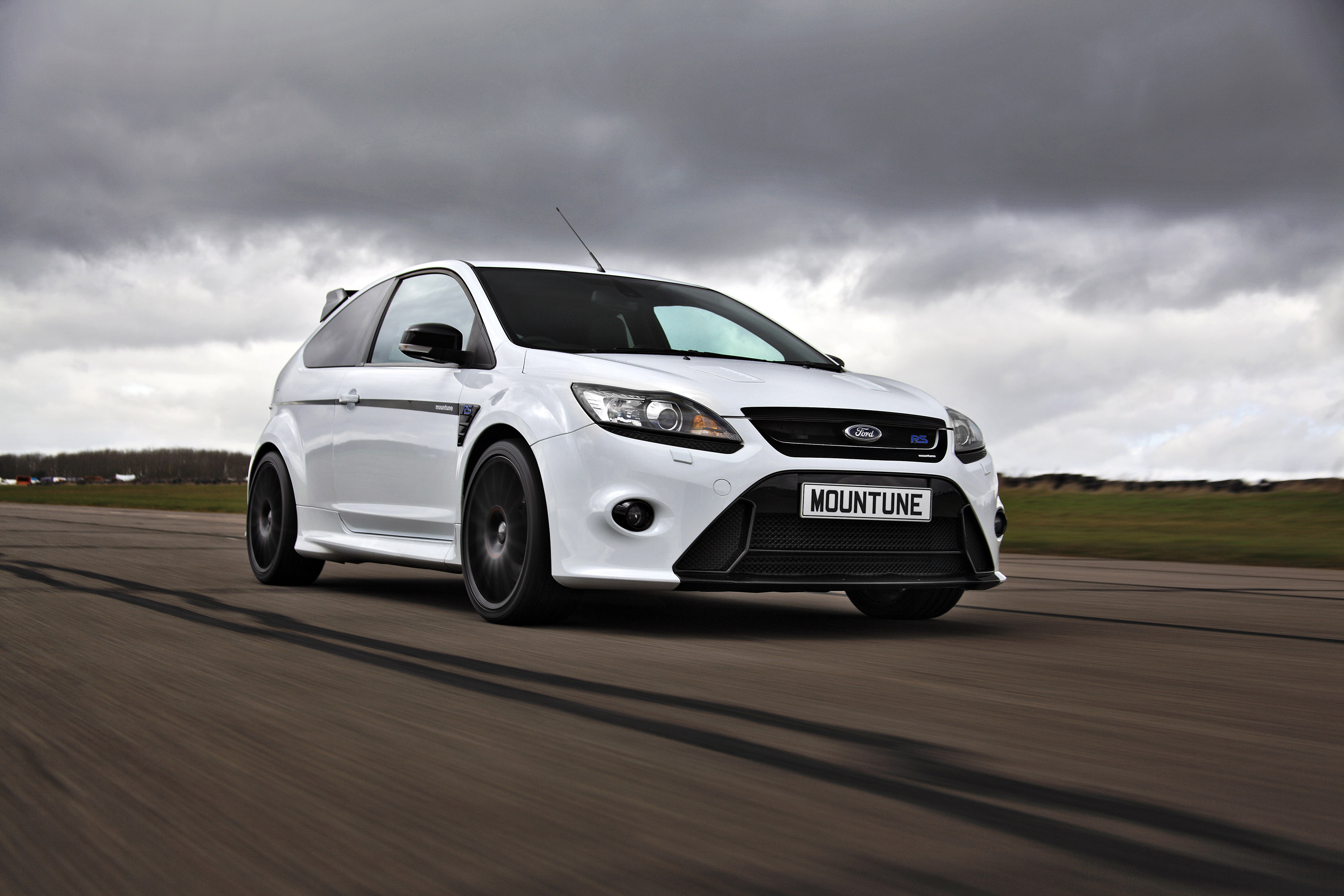 Focus Rs Hp >> Mountune boosts the Ford Focus RS