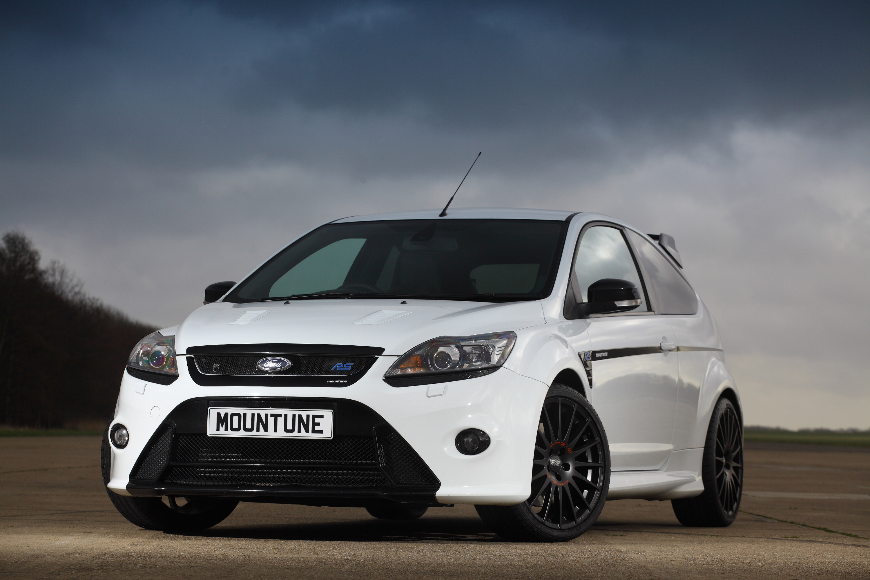 mountune boosts the ford focus rs
