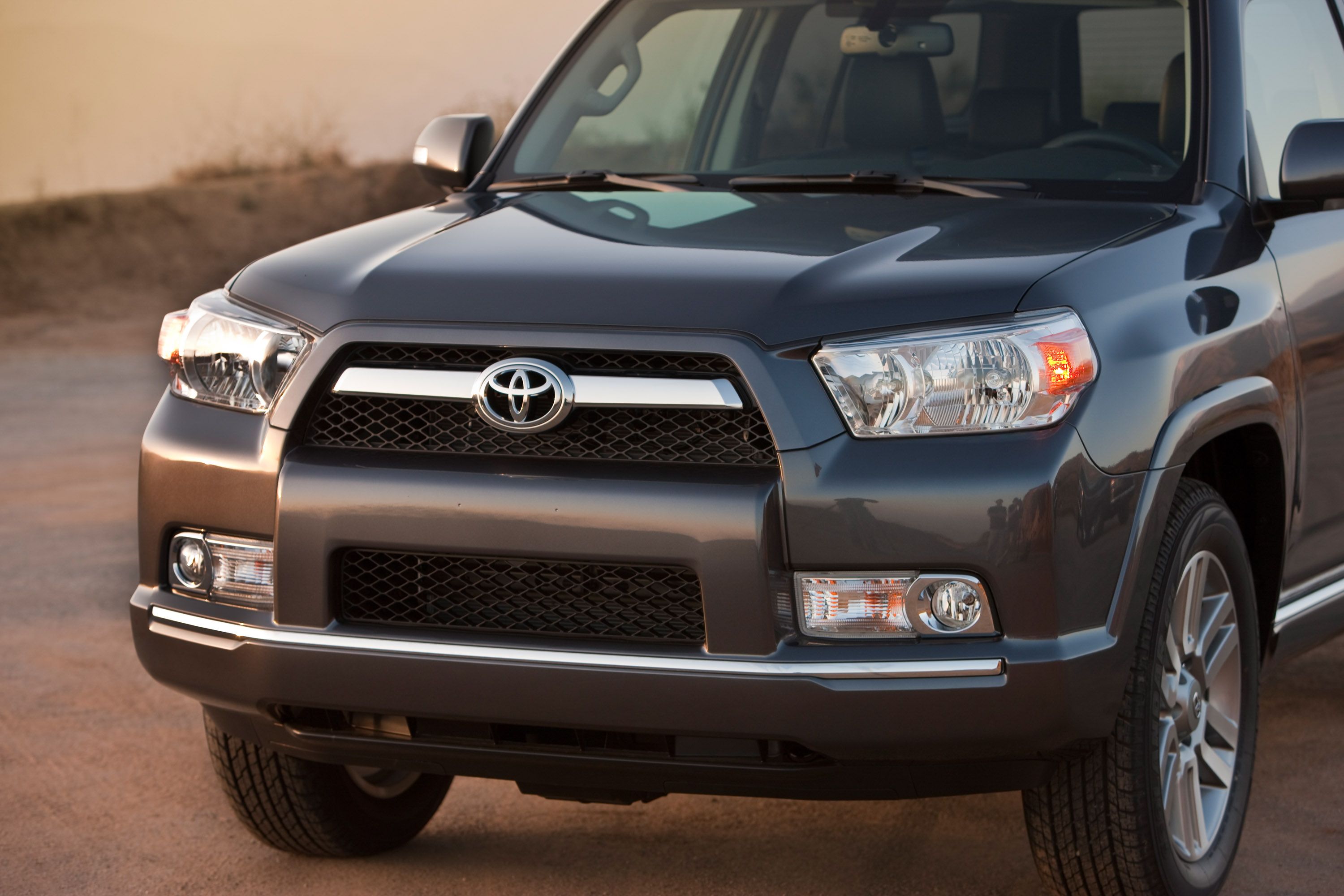 Road Runner Auto Sales >> 2010 Toyota 4Runner fifth generation