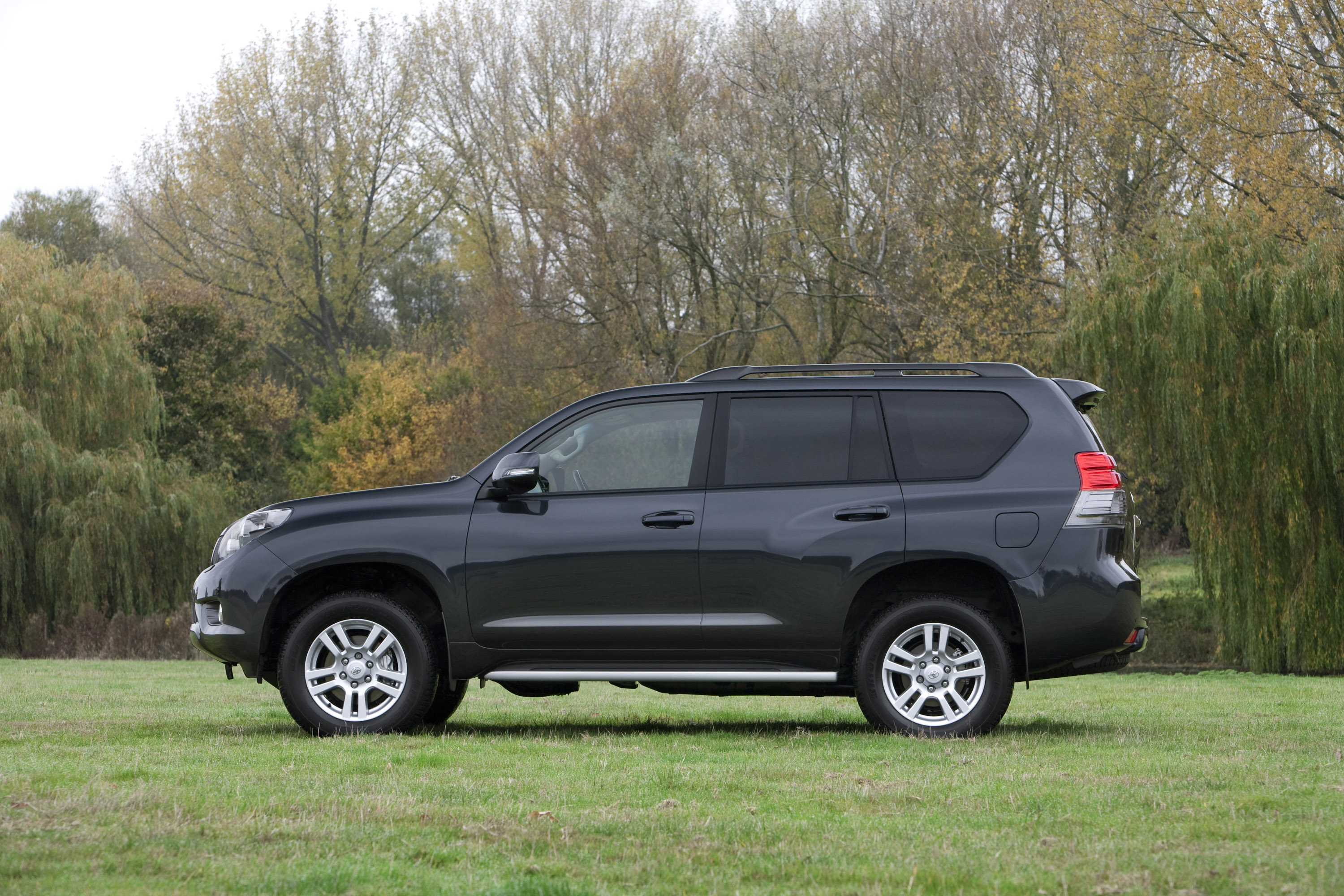 the next generation toyota land cruiser is released