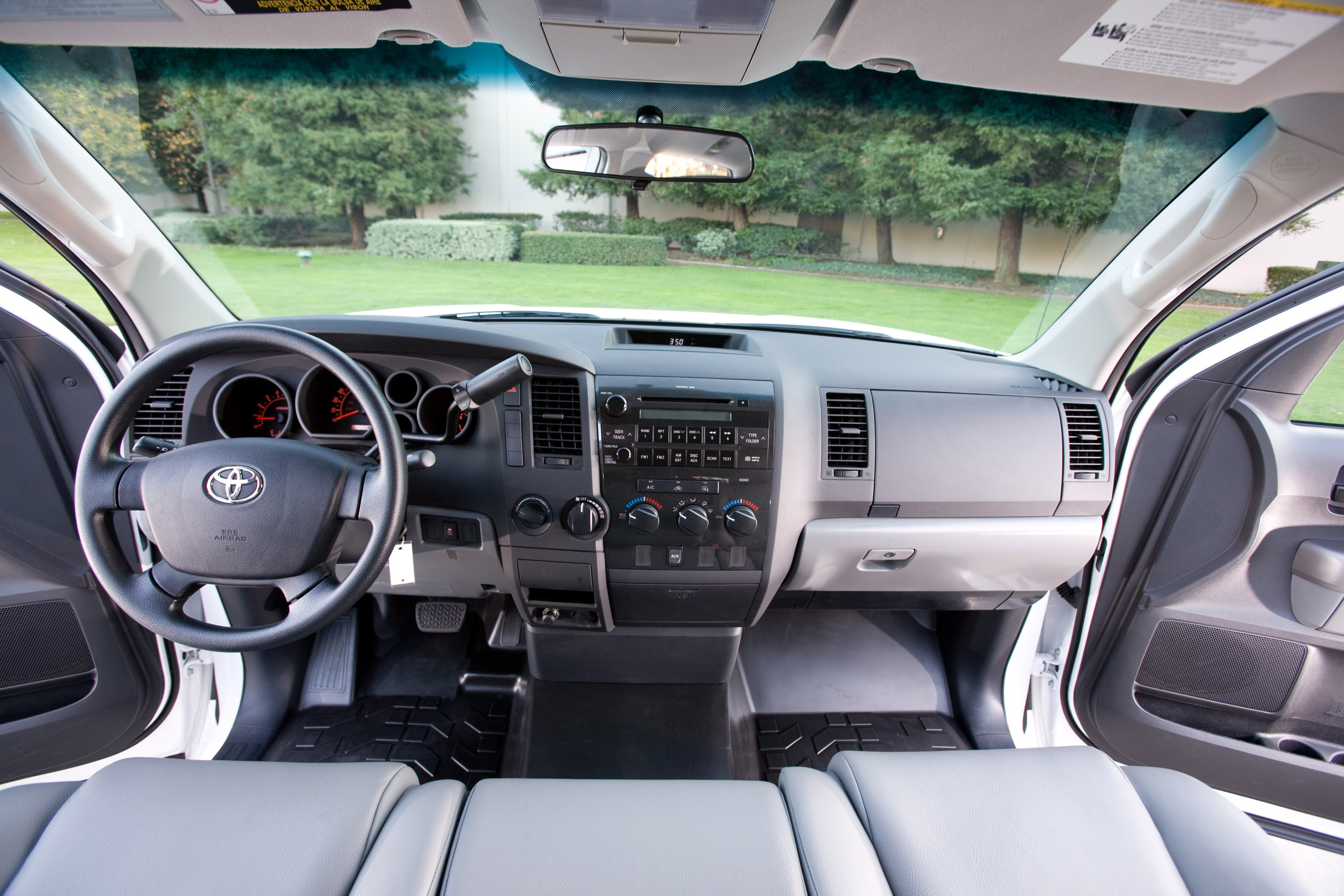 u s news see full 2012 toyota tundra review specs pictures and prices this