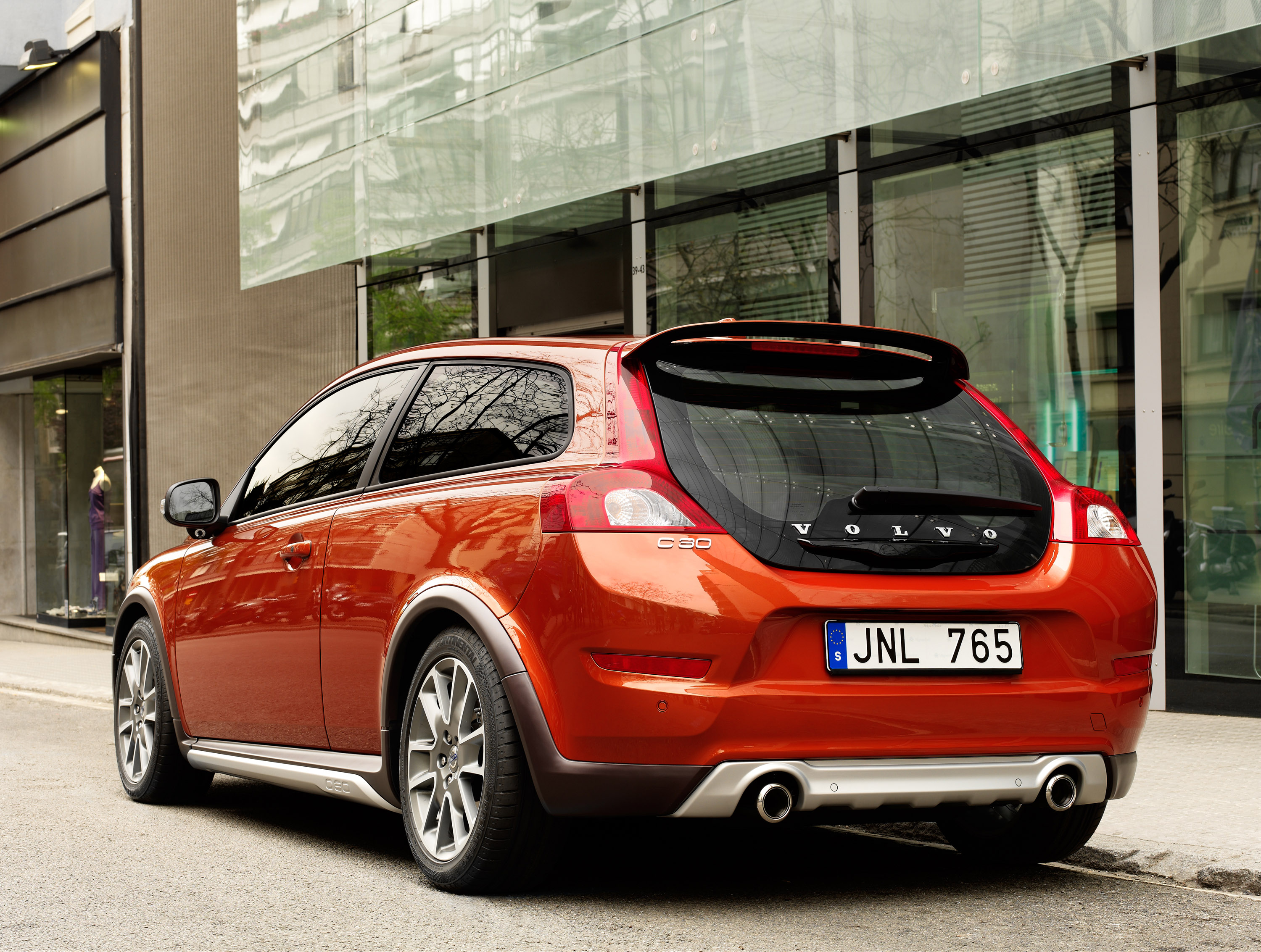 Volvo Announced the prices on the new C30 and C70