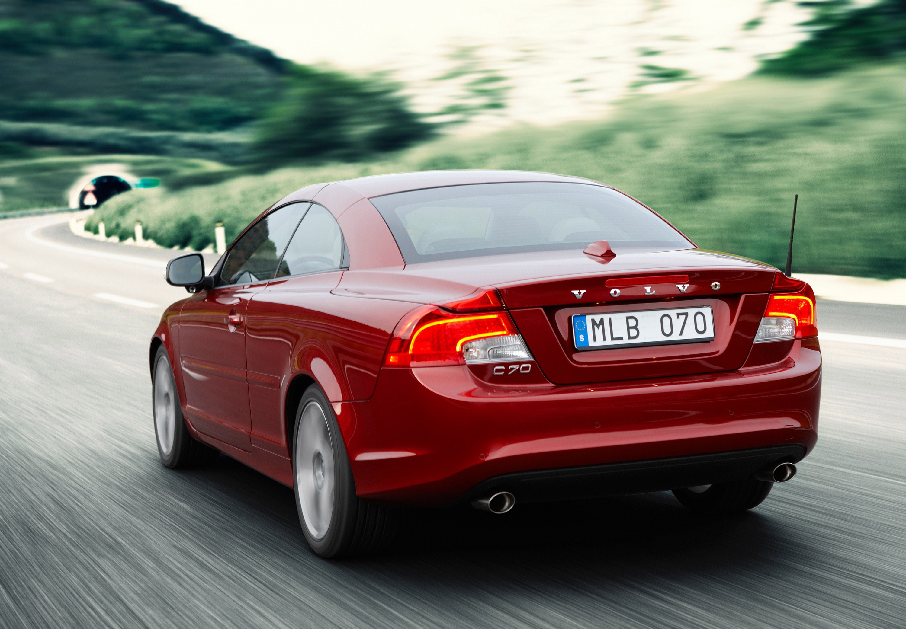 Volvo C70 Convertible >> Volvo Announced the prices on the new C30 and C70