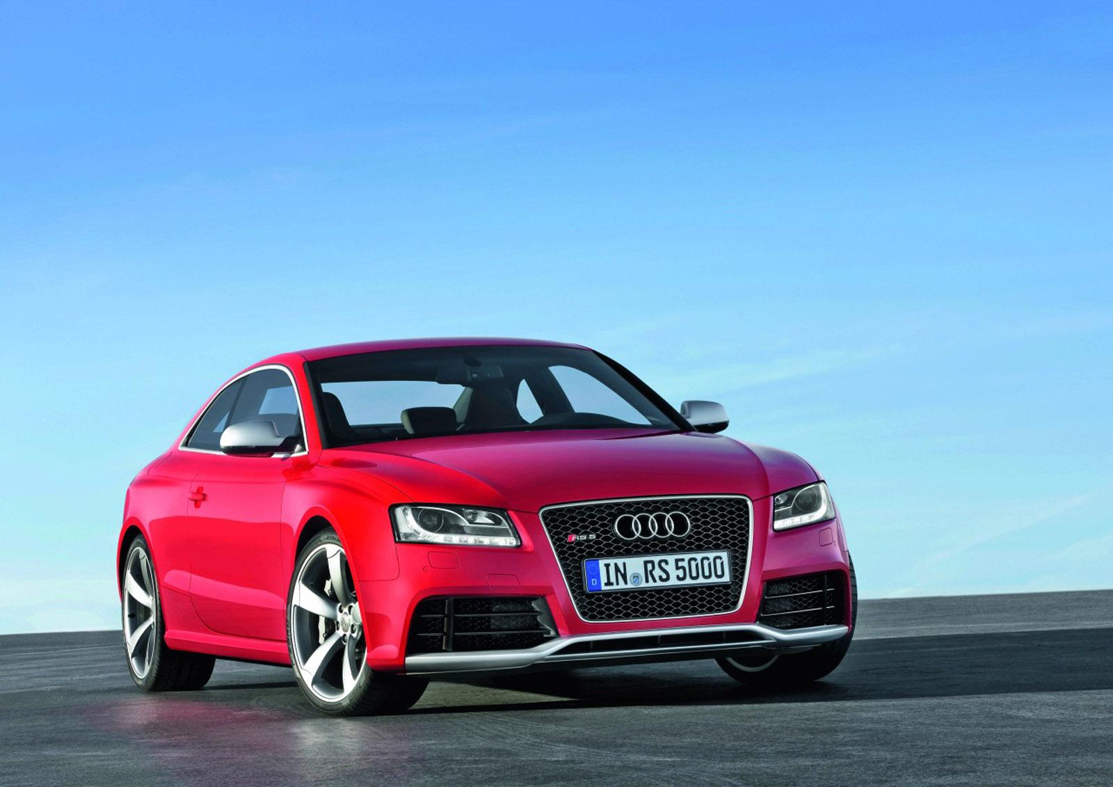 Audi Rs5 Coupe Vs Tuned Audi S5 Sportback