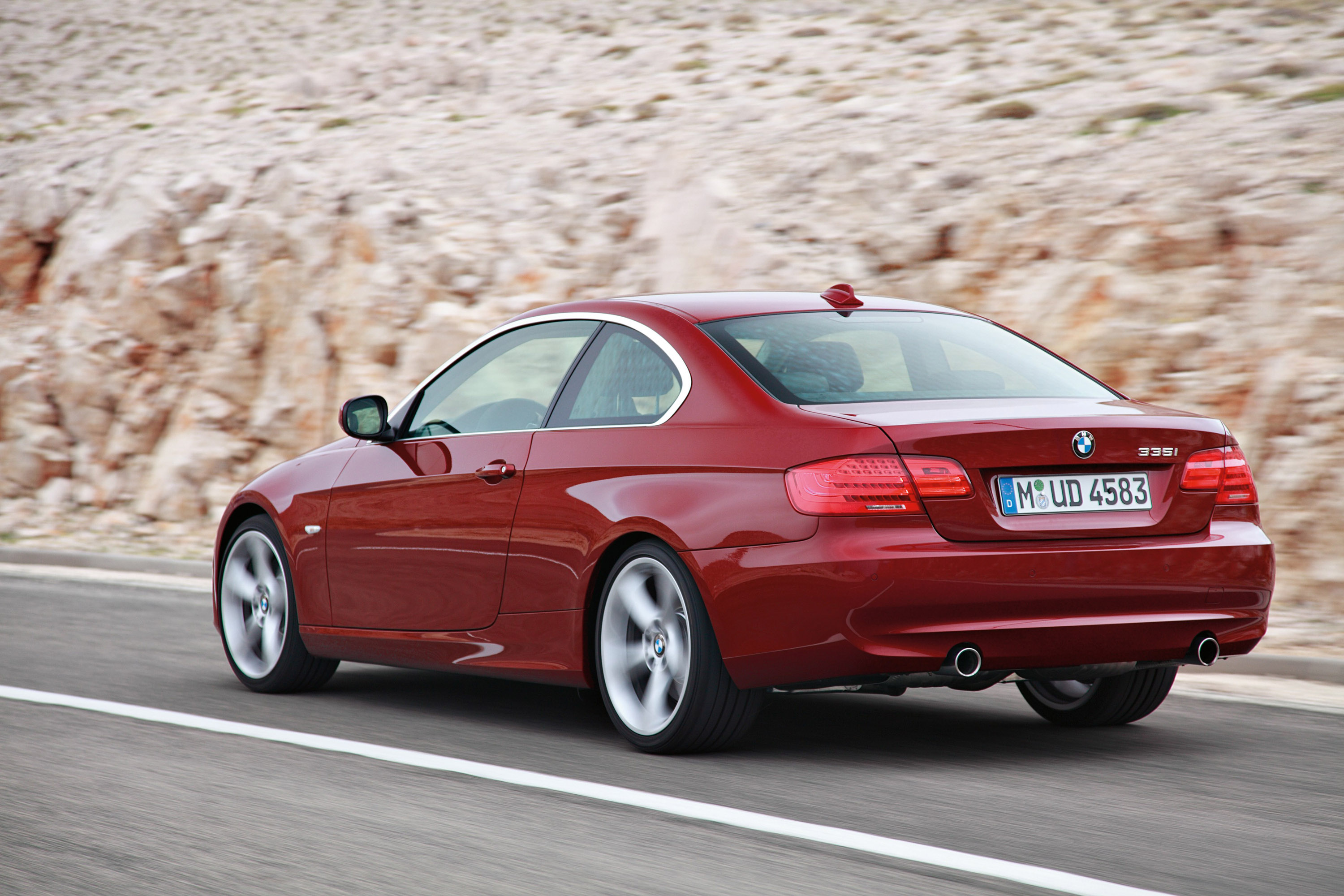 2011 BMW 3 Series Coupe - Picture 30368