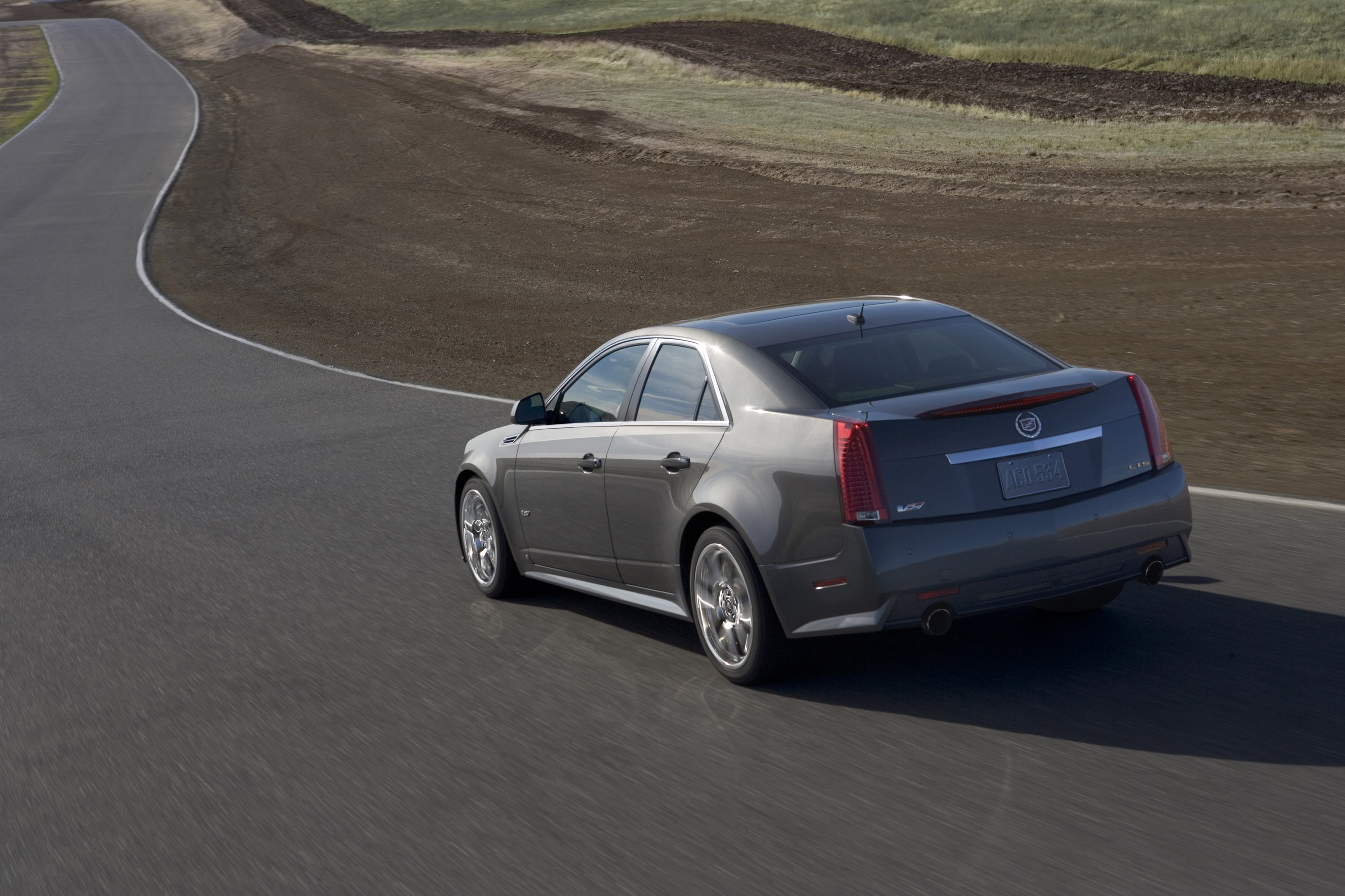 reviews cadillac v sale car prevnext for gear auto top cts drive used first sedan