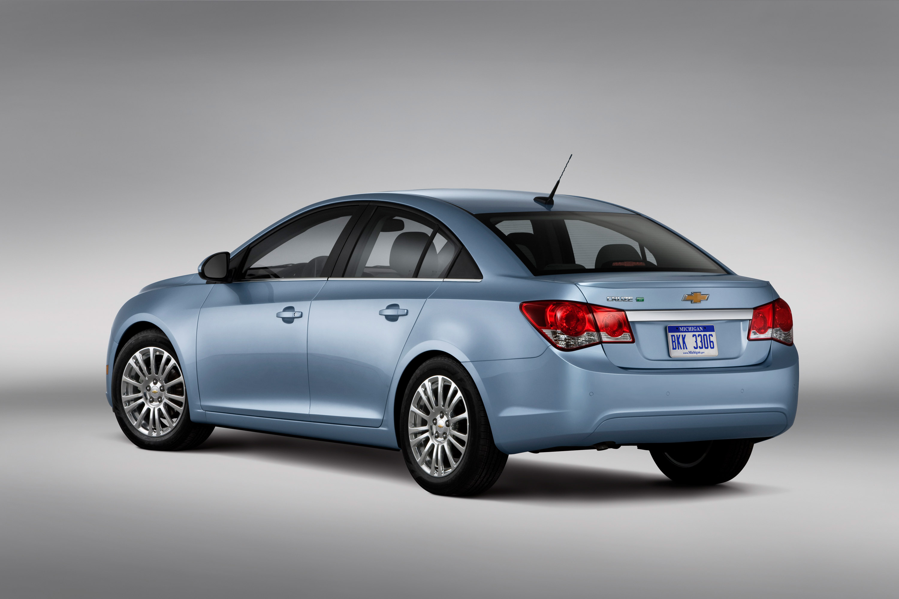 2011 Chevy Cruze Comes In September
