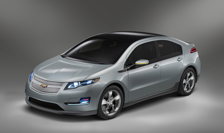 chevrolet volt plug kinetic car hybrid blue in metallic electric